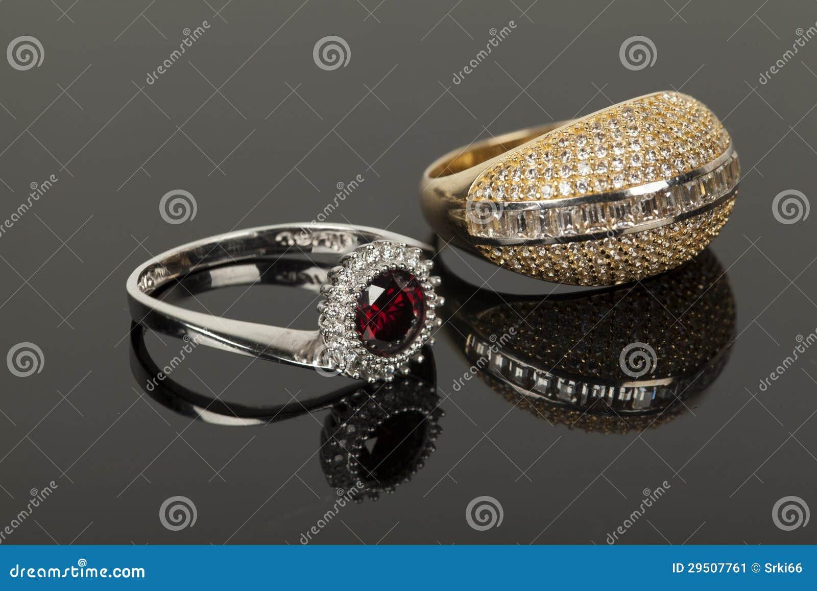 Gouden en zilveren ring