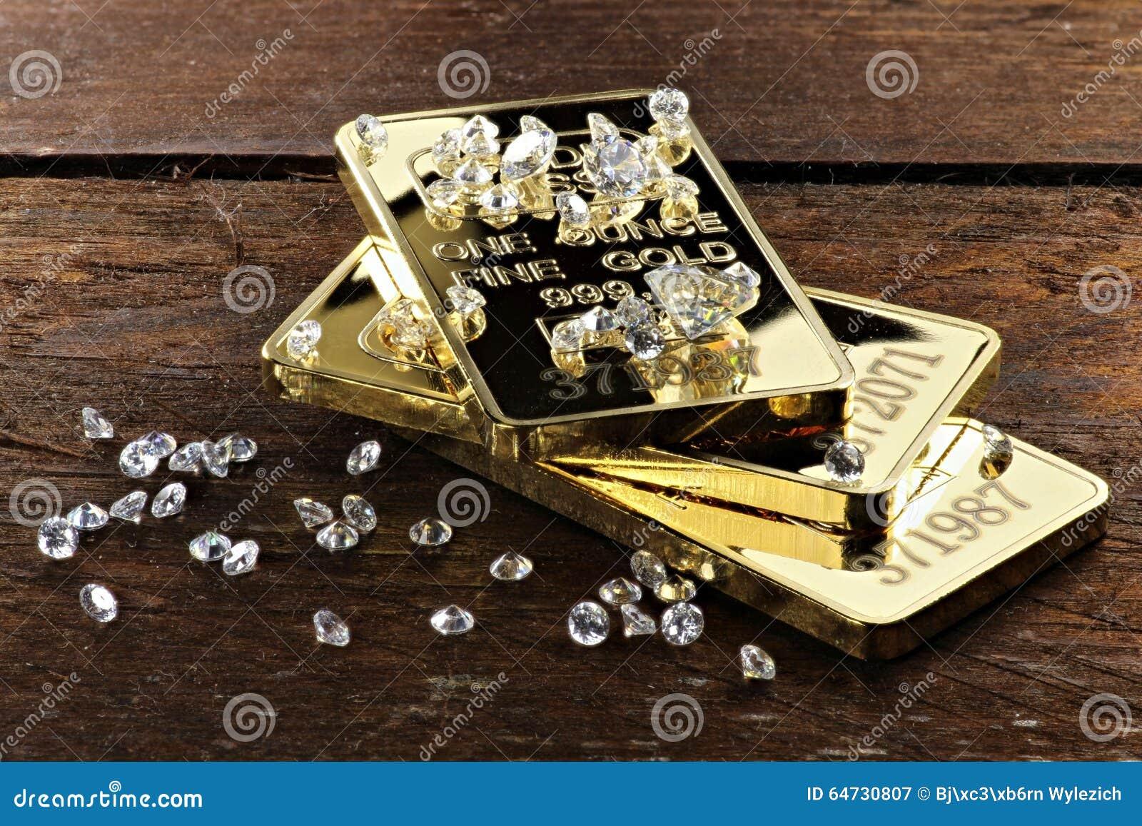 Gouden passementen met diamanten 01