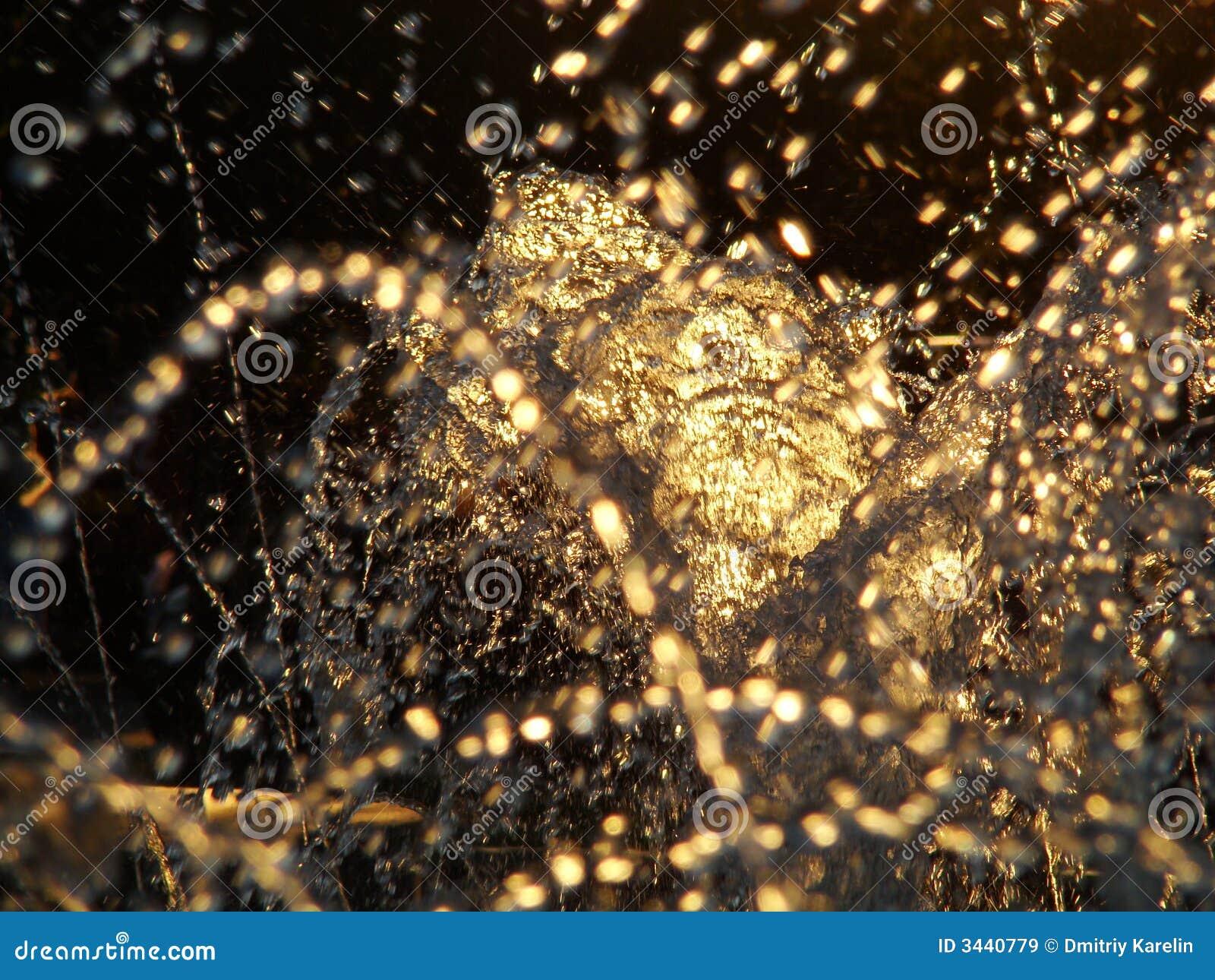 Gouden water