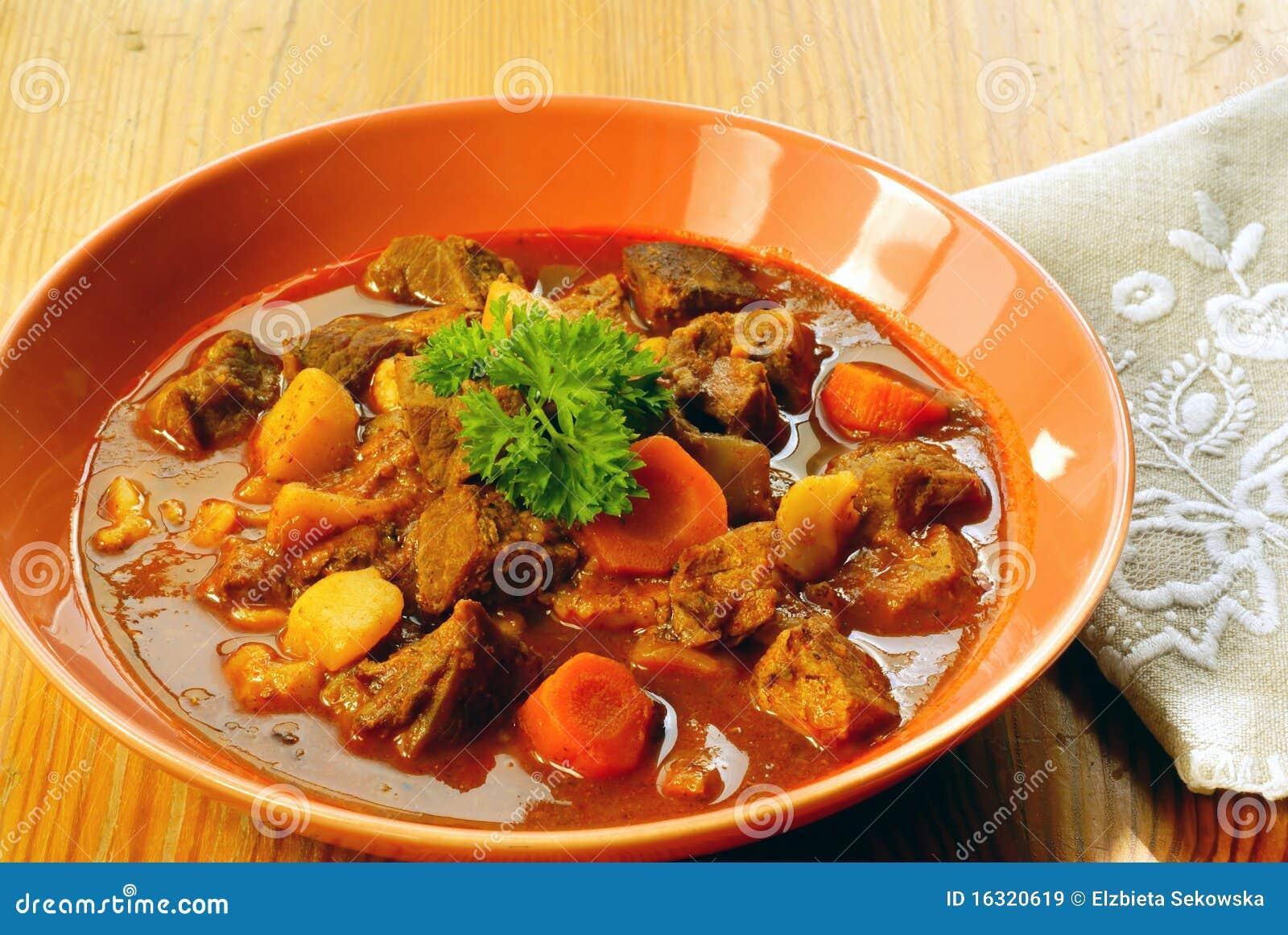 Goulache hongroise image stock image du goulache pr t for Cuisine hongroise