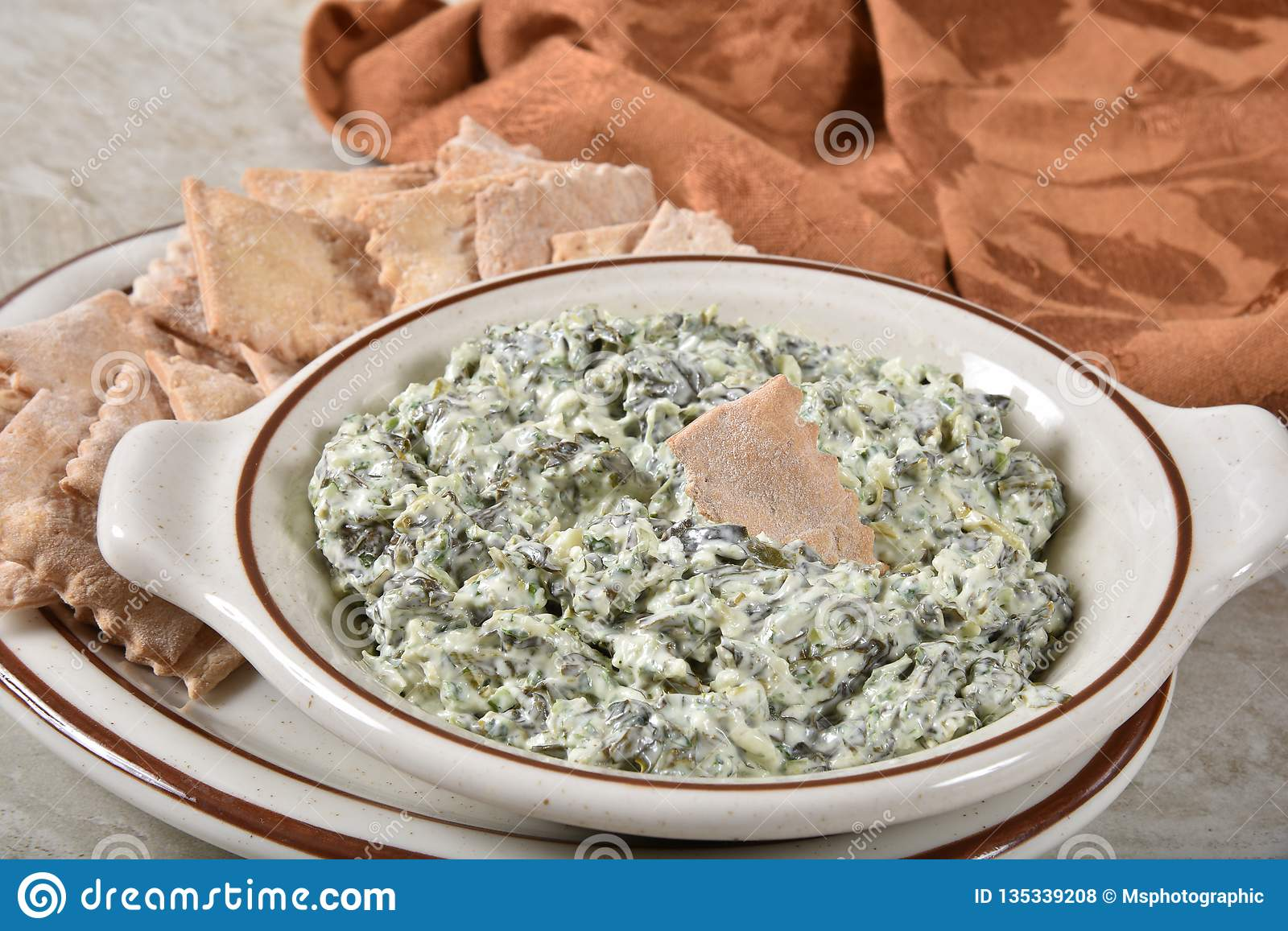 Gourmet spinach and sour cream dip