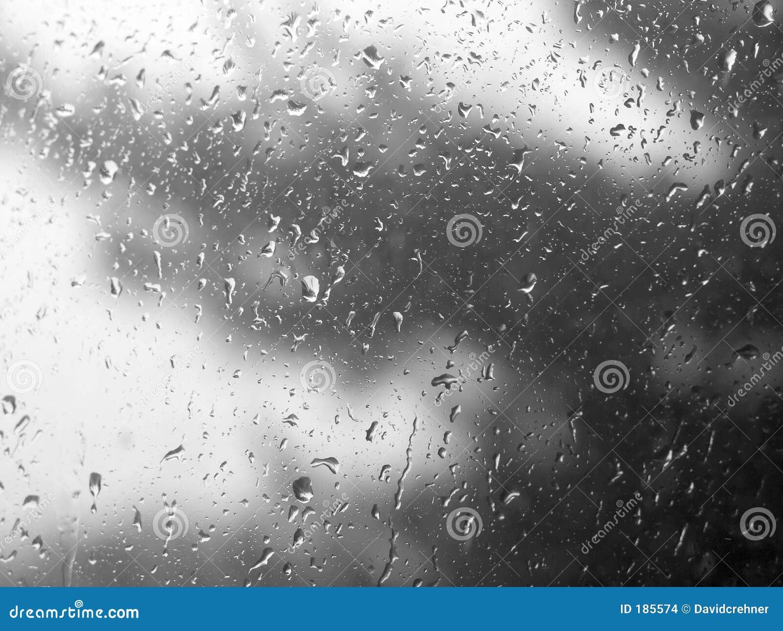 Gouttes de pluie sur l hublot