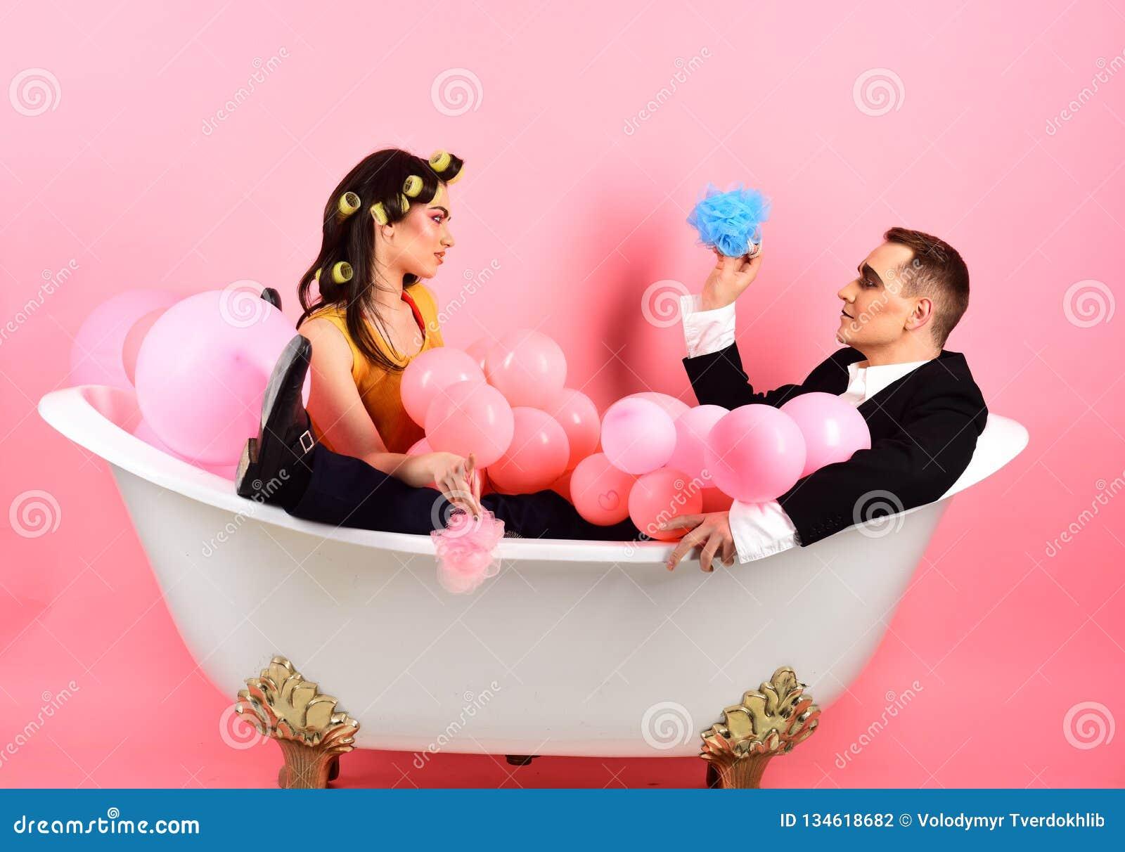 Amore In Vasca Da Bagno.Governare Adeguato Coppie Nell Amore In Vasca Da Bagno Le Coppie