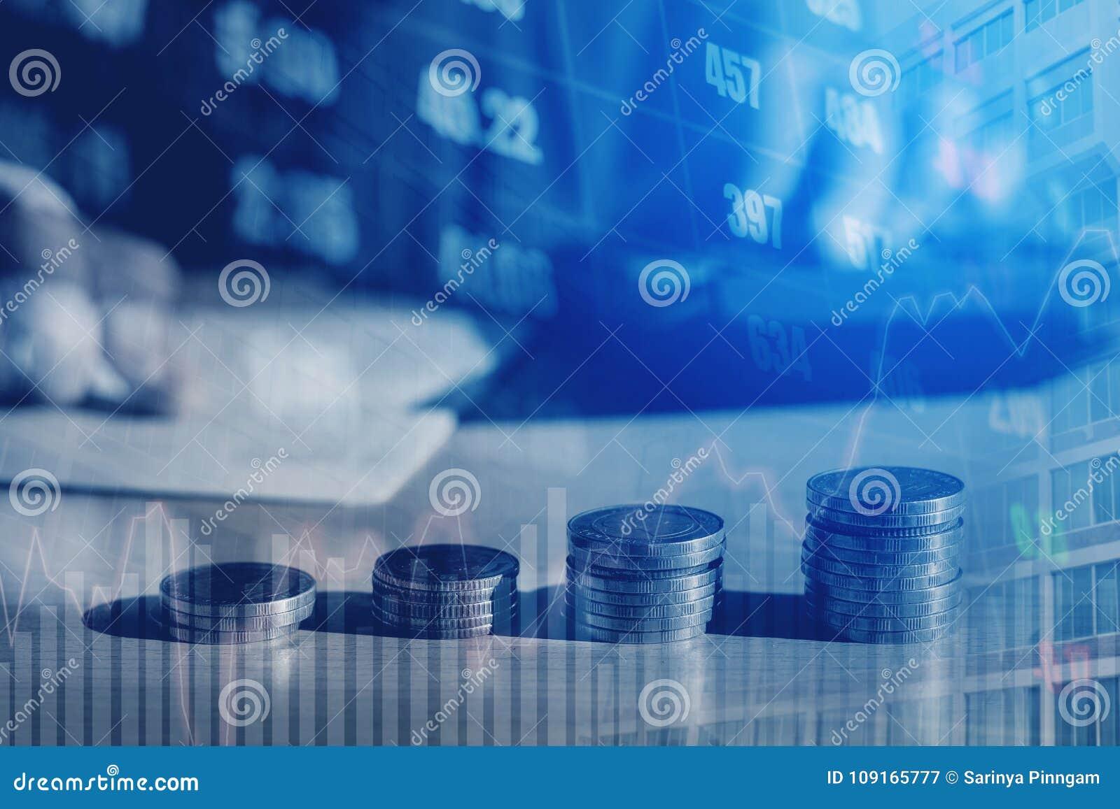 Gráfico em fileiras das moedas para a finança e dinheiro da economia em s digital