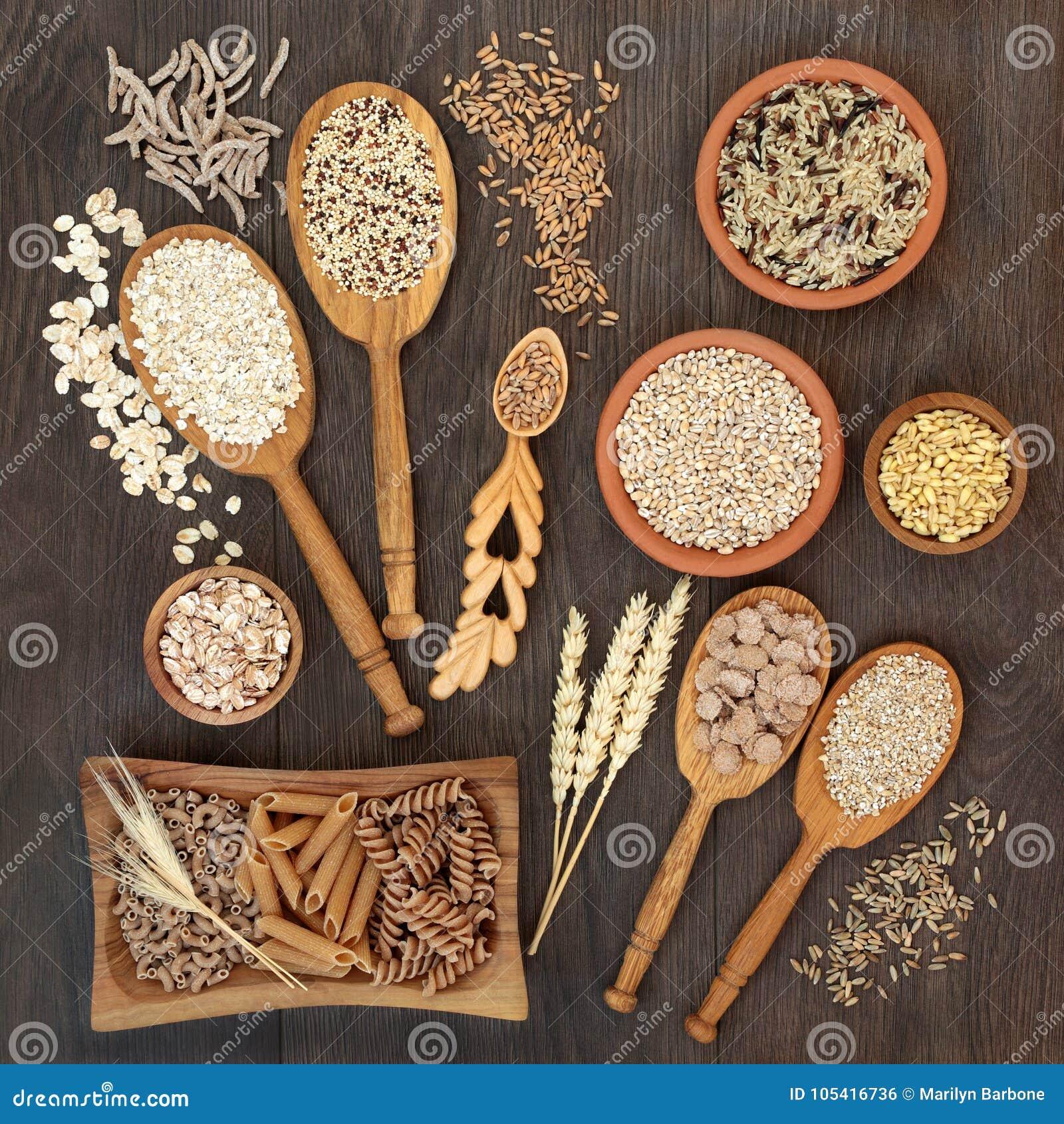 Grão da massa da fibra e alimento natural altos do cereal
