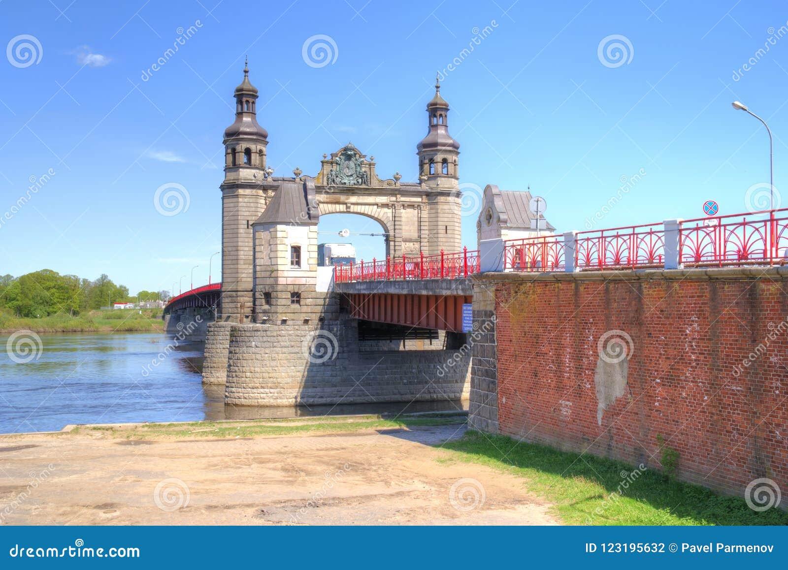 Gränsbro över den Neman floden Bron av drottningen Louise