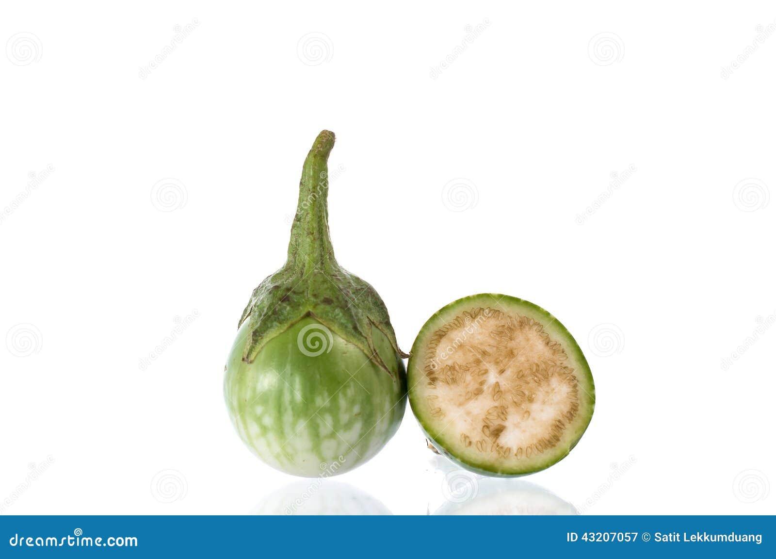 Download Grön aubergineskiva fotografering för bildbyråer. Bild av organiskt - 43207057