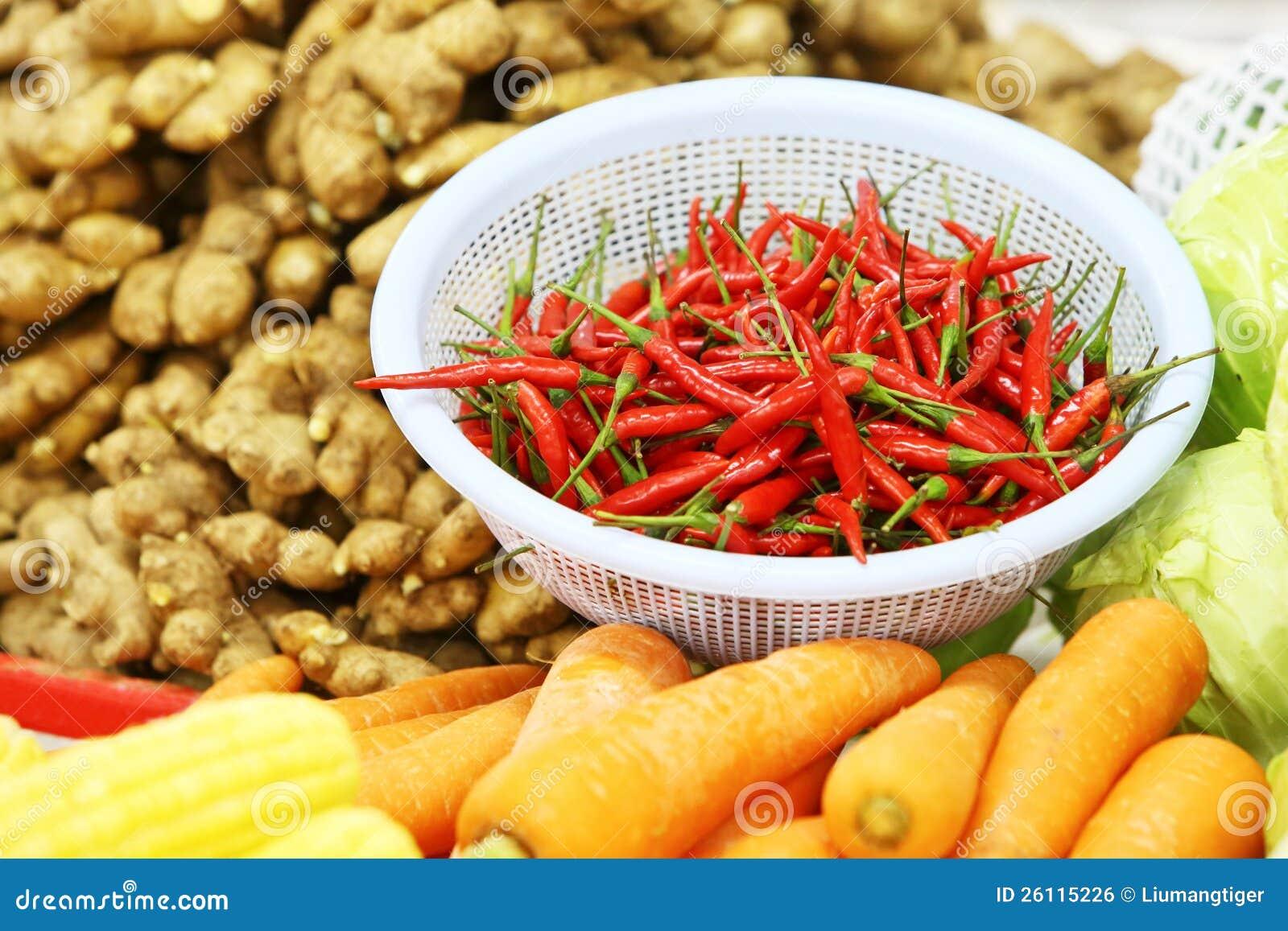 Grönsaker i marknad