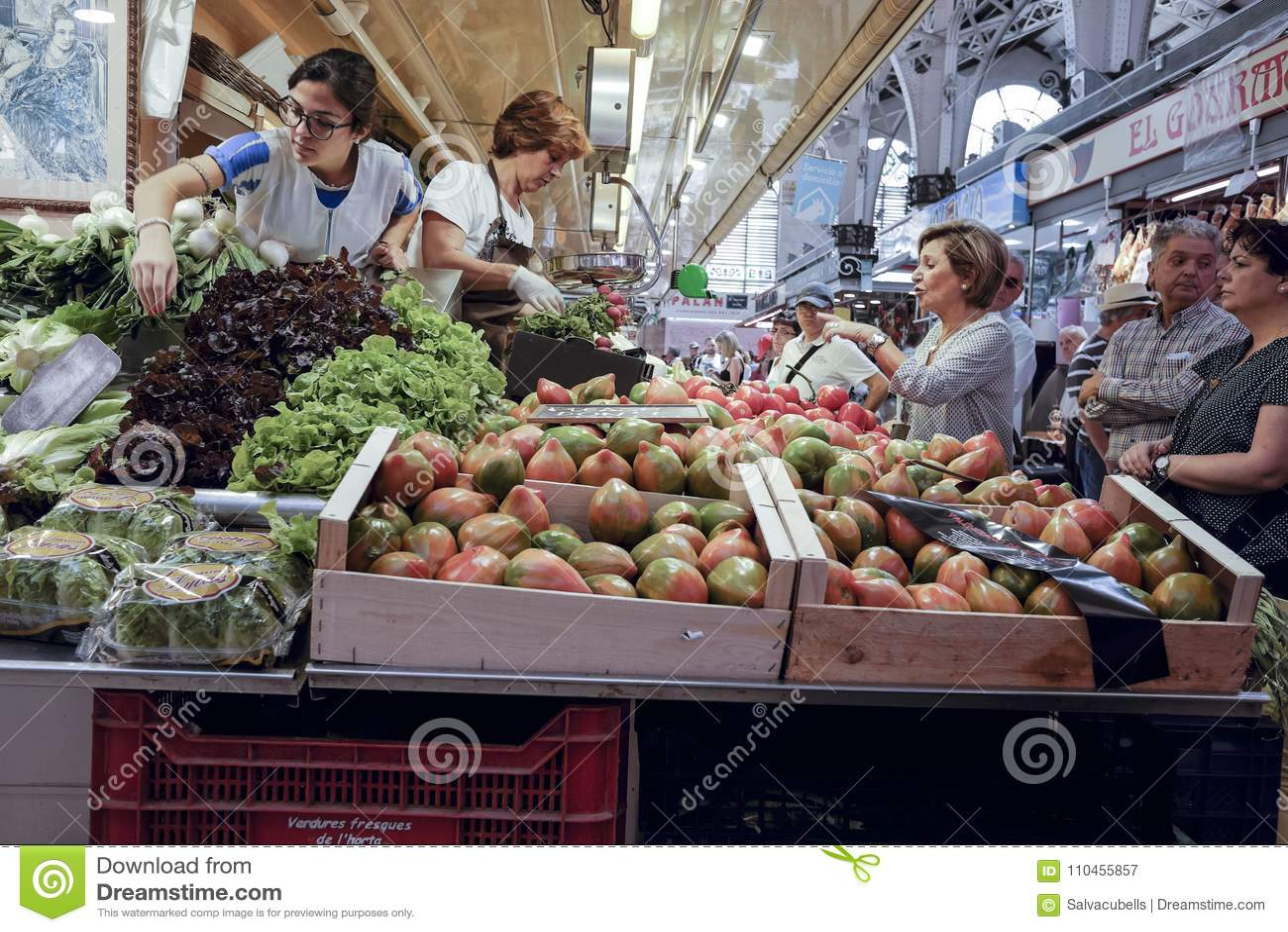 Grönsakshandlare i den centrala marknaden