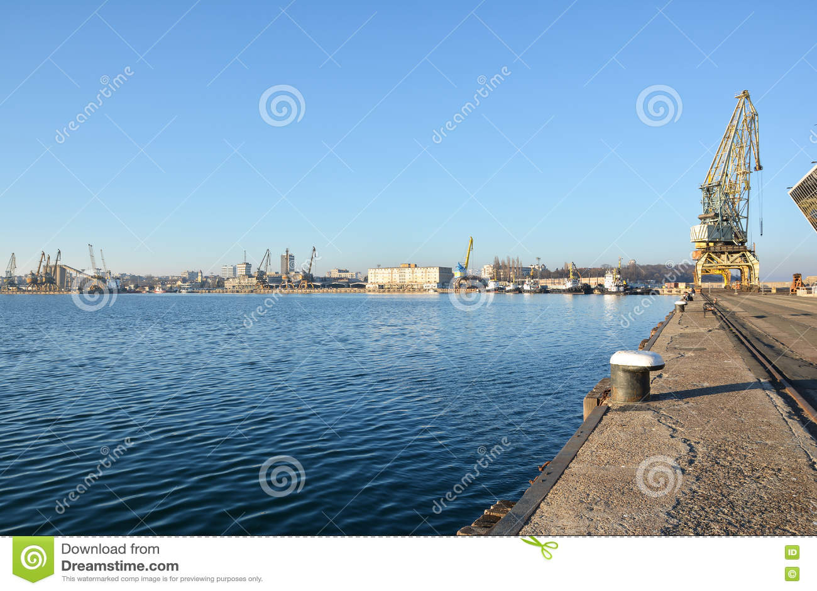 Grúas del puerto y del puerto