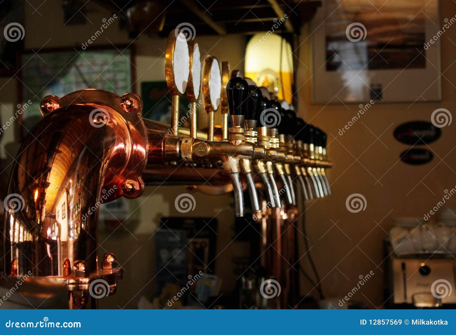Grúas para la cerveza embotelladoa