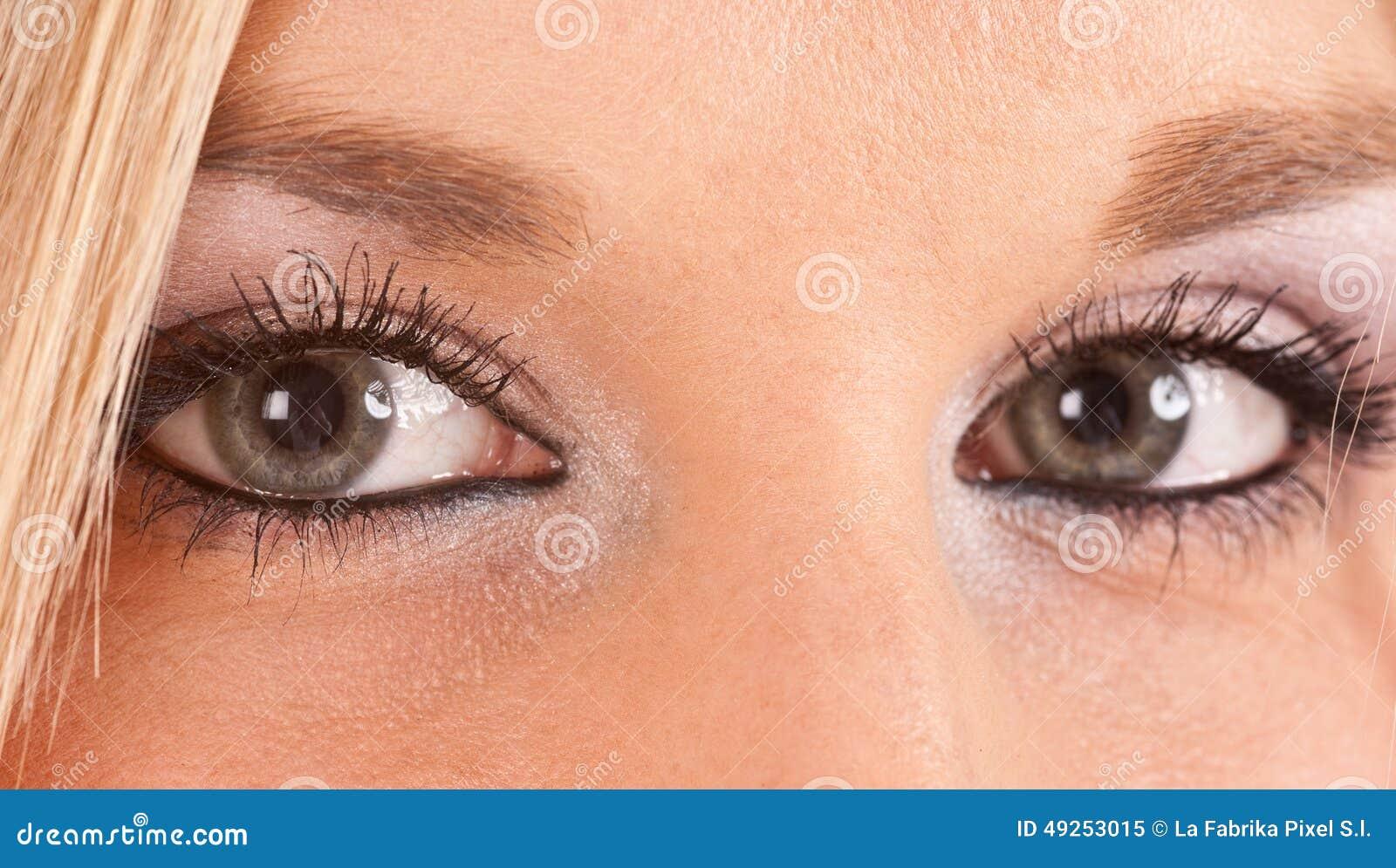 Augen blau grüne weiblich blond Blonde haare