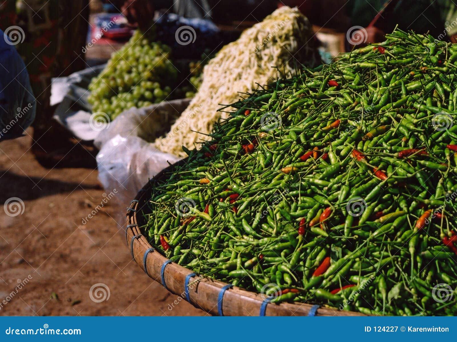 Grüne chilis