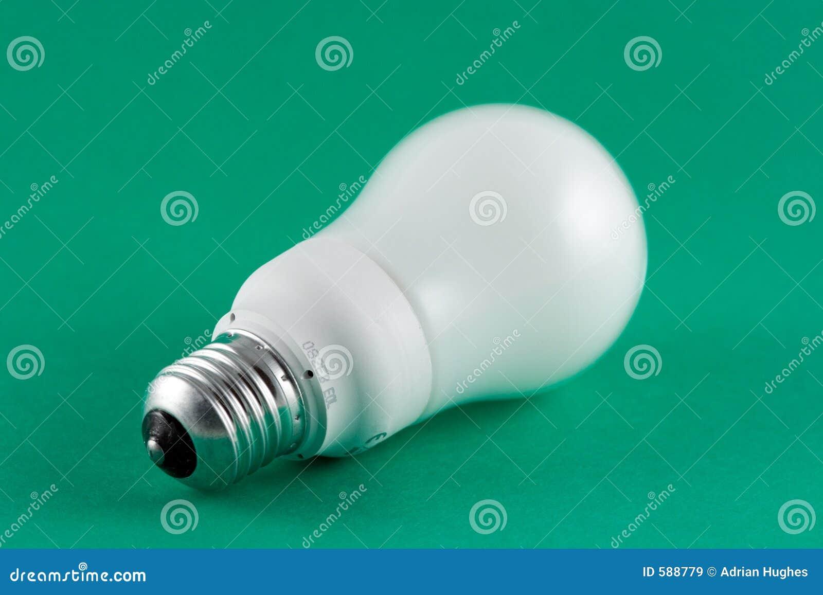 Grüne Energie-Glühlampe