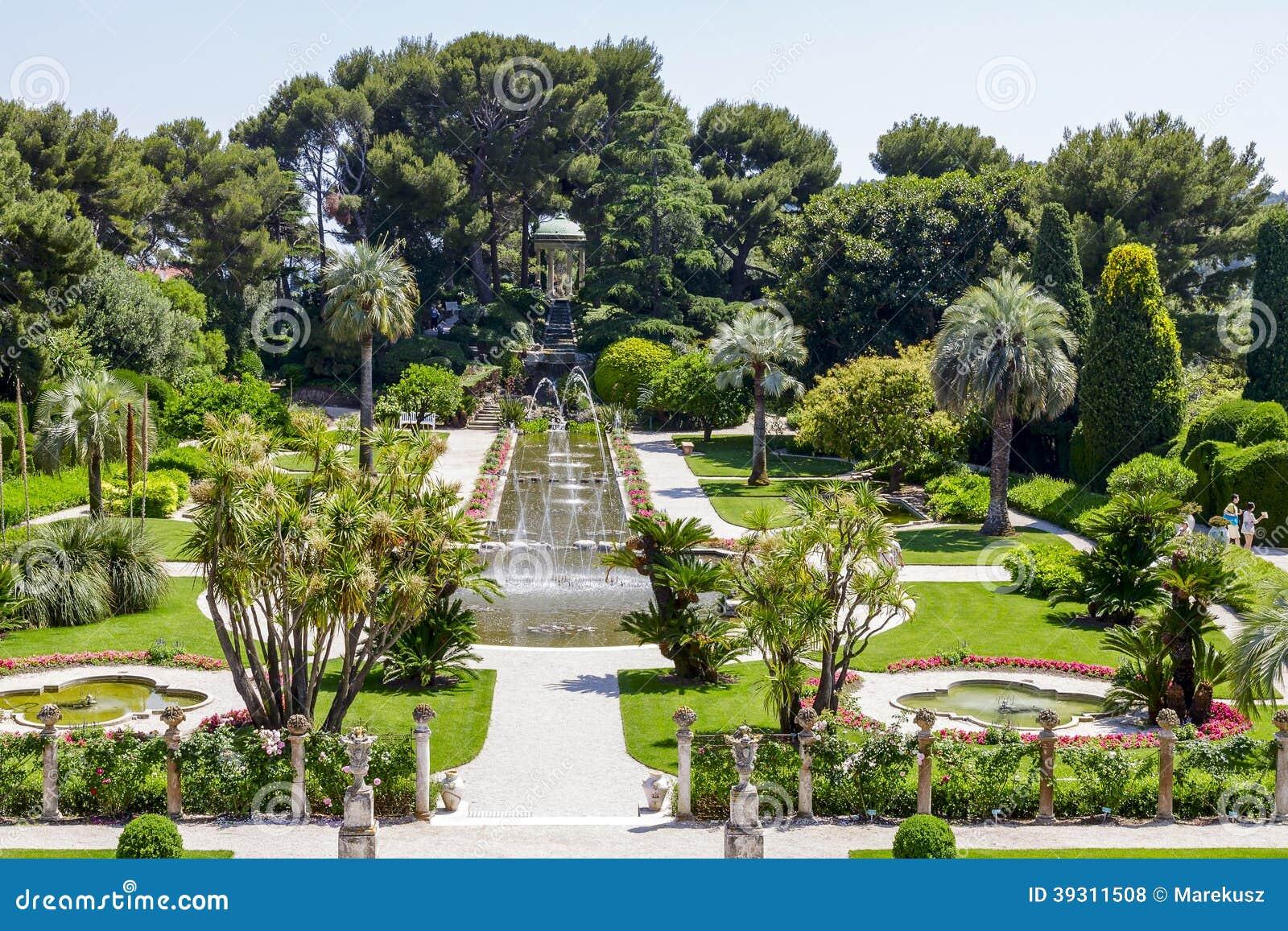 Grüne Gärten Von Villa Ephrussi De Rothschild Redaktionelles ...