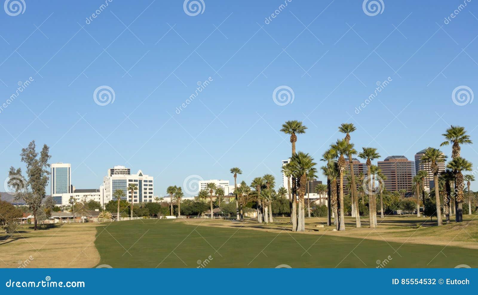 Grüne Golfplatz-Rasen in Phoenix im Stadtzentrum gelegen, AZ