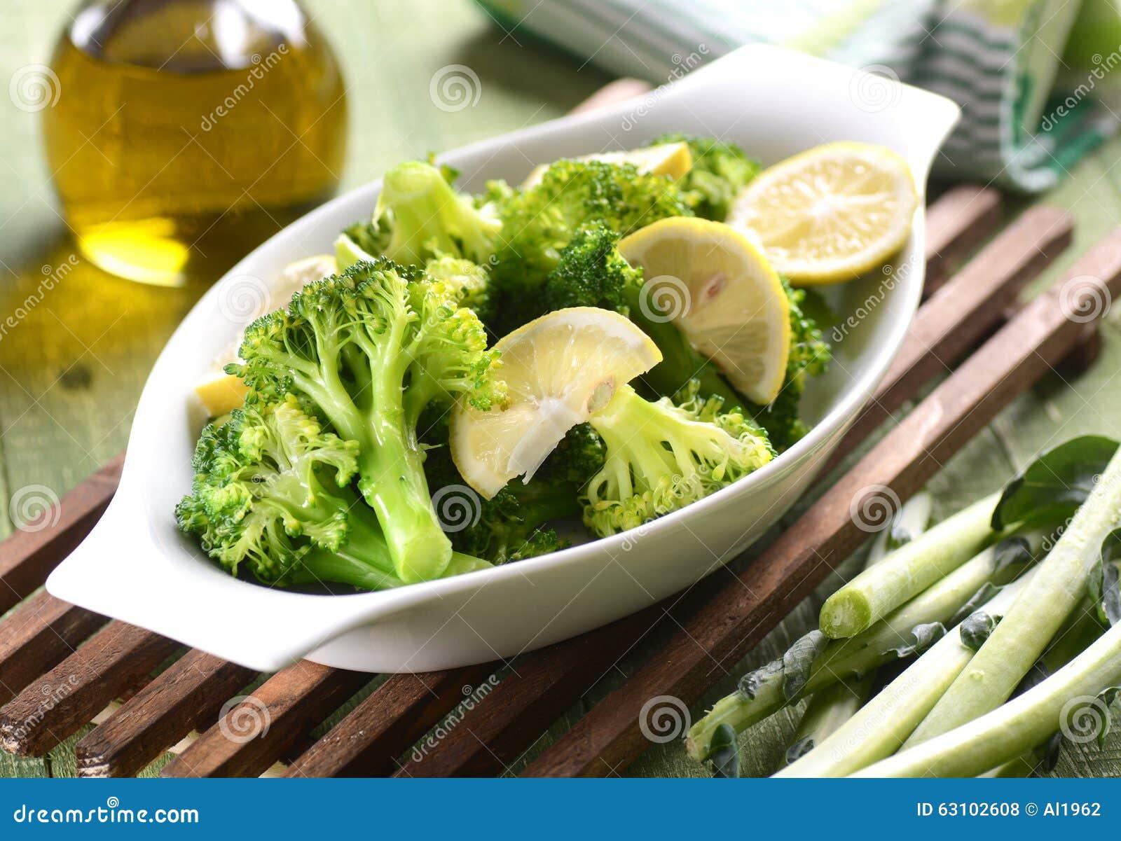 Grüner Brokkoli gekocht