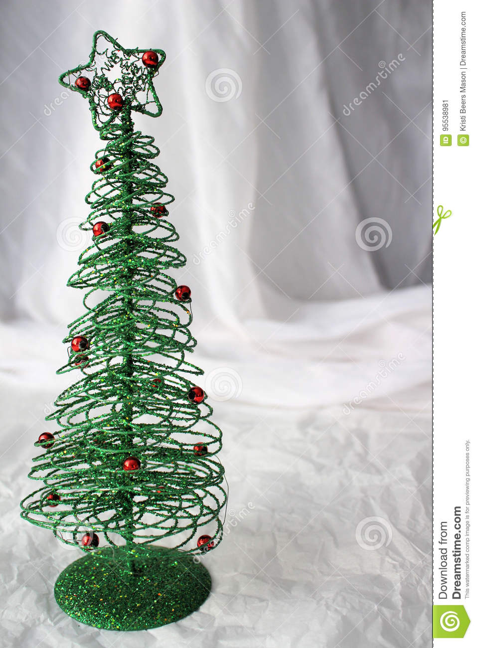 Draht Weihnachtsbaum Stock Images - Download 296 Photos