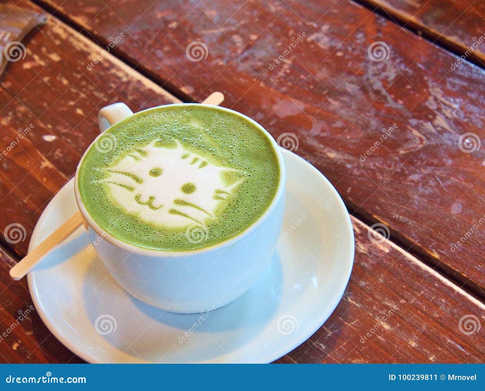 Grüner Tee Matcha Latte Mit Lattekunst Katzen Gesicht Stockbild