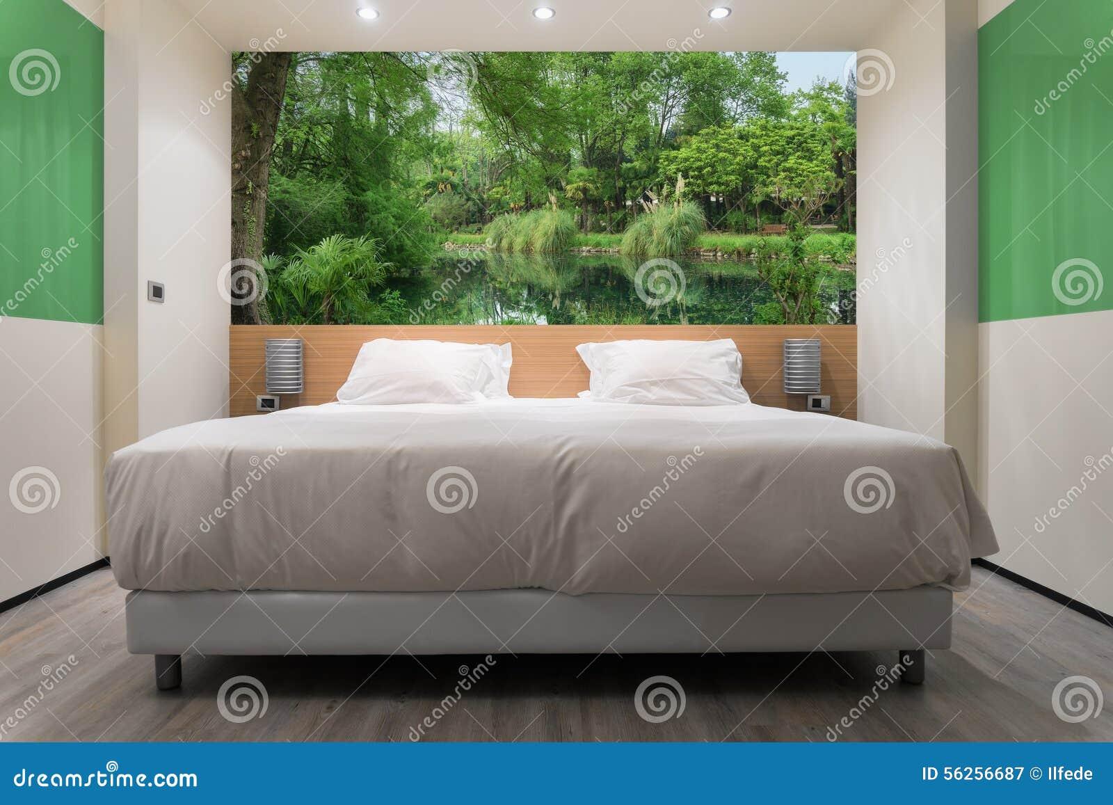 gr nes schlafzimmer stockbild bild von raum hotel eleganz 56256687. Black Bedroom Furniture Sets. Home Design Ideas