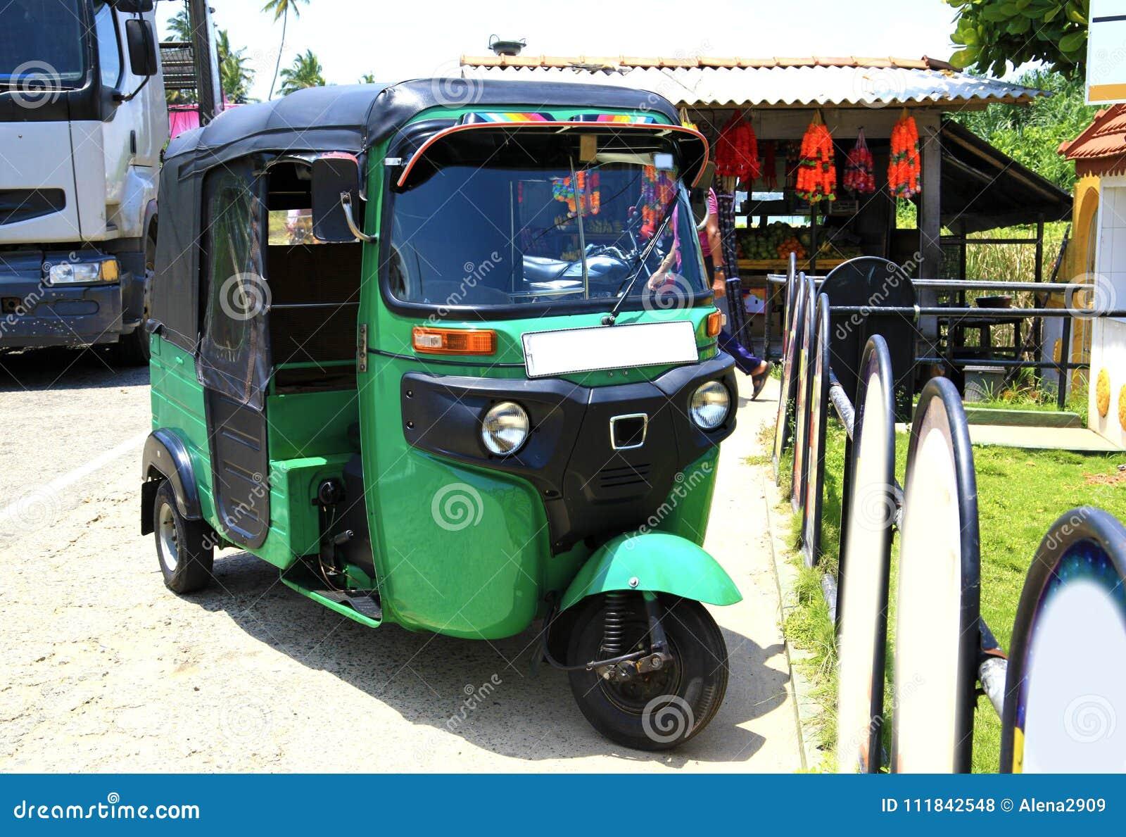 Grünes Tuk-tuk Sri Lanka