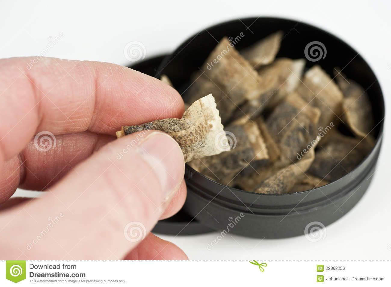 how to make moist snuff at home