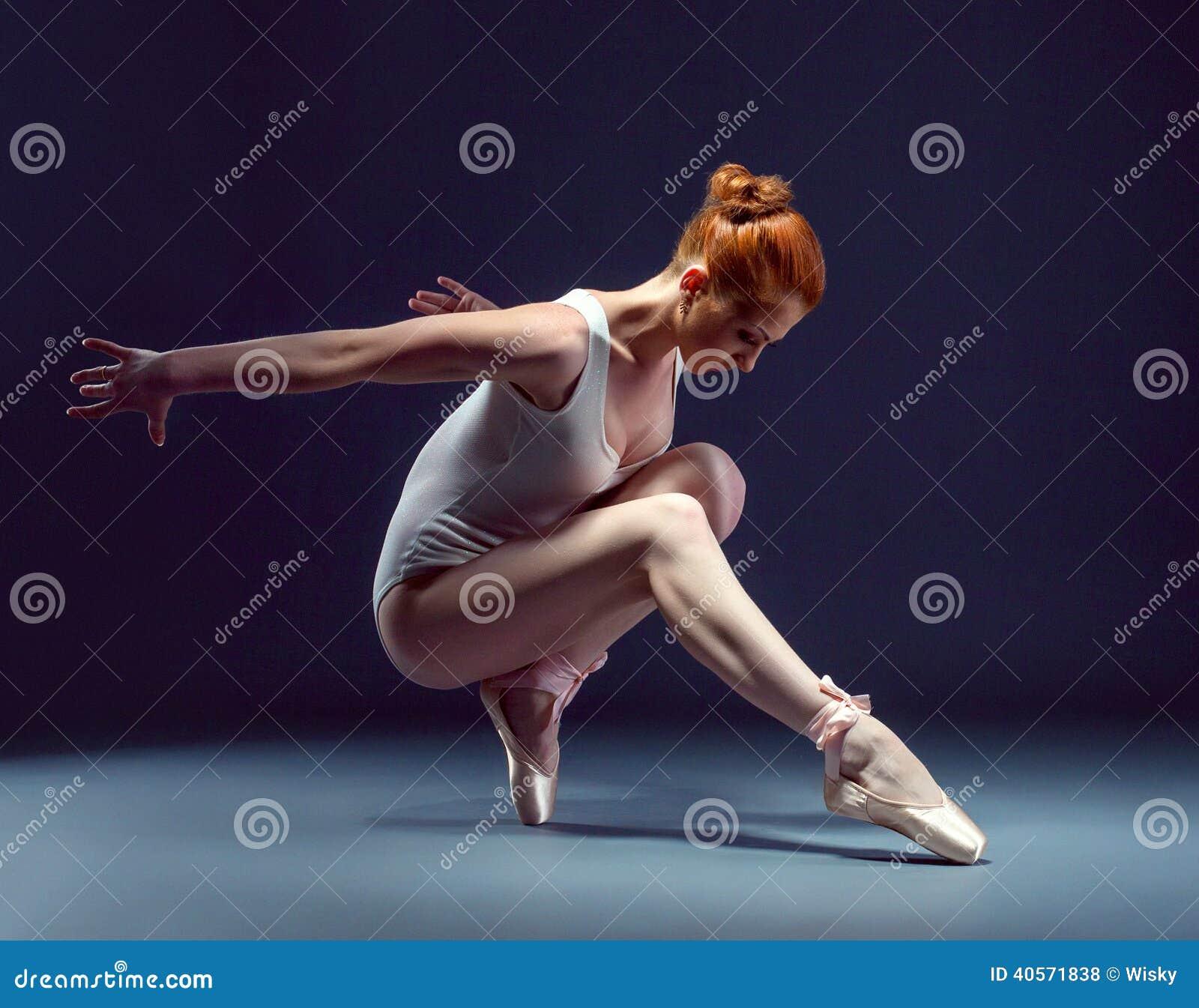 Порно фото голые гимнастки балерины