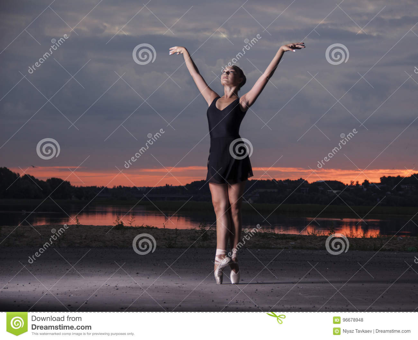Gracefull balerina na ulicach