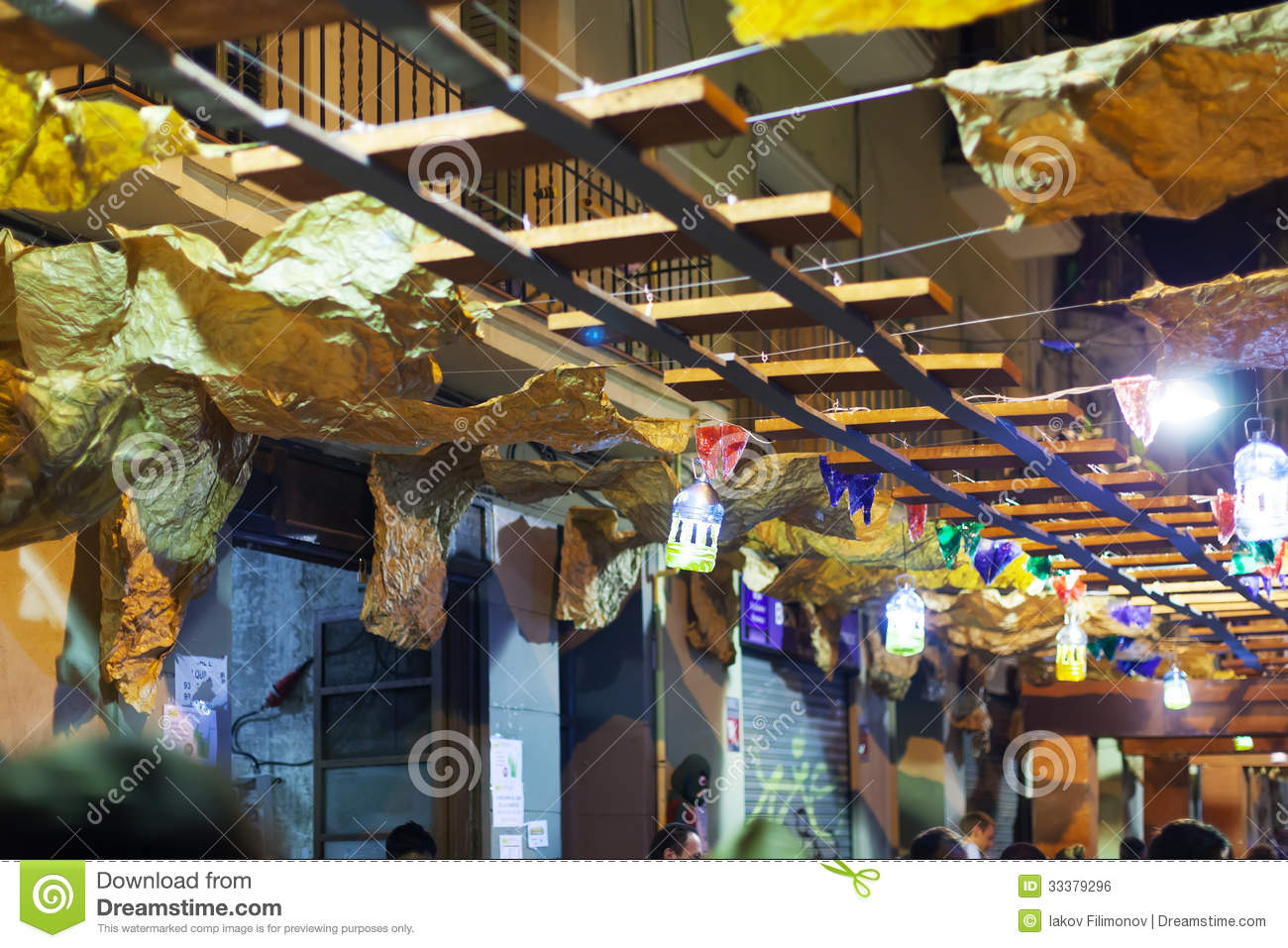 Gracia festival decorations in night barcelona spain for 15th august decoration ideas