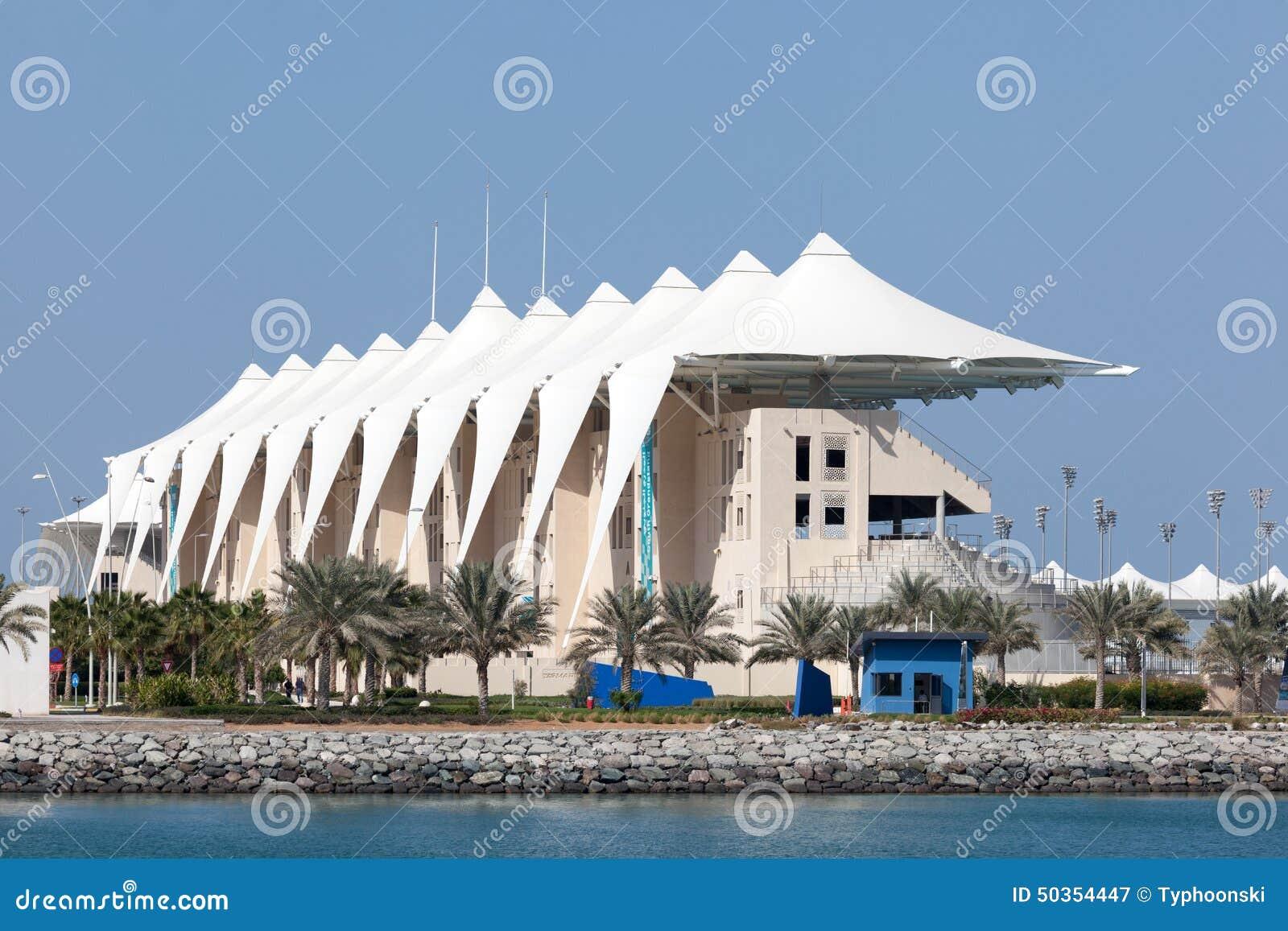 Circuito Yas Marina : Gradería cubierta en yas marina circuit abu dhabi fotografía