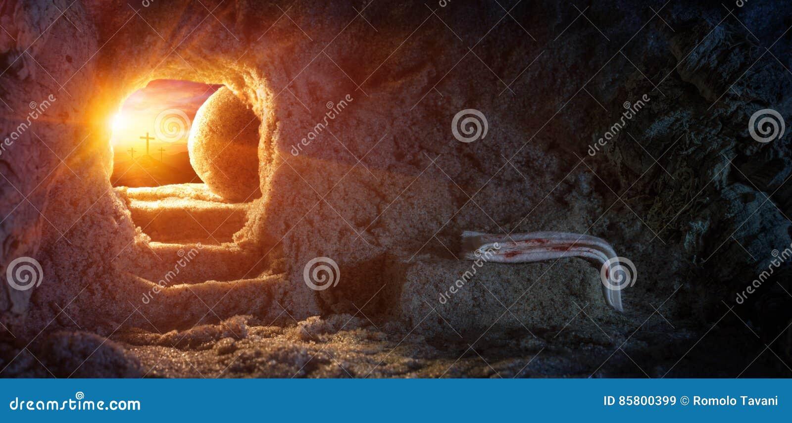 Graf Leeg met Sluier en Kruisiging bij Zonsopgang