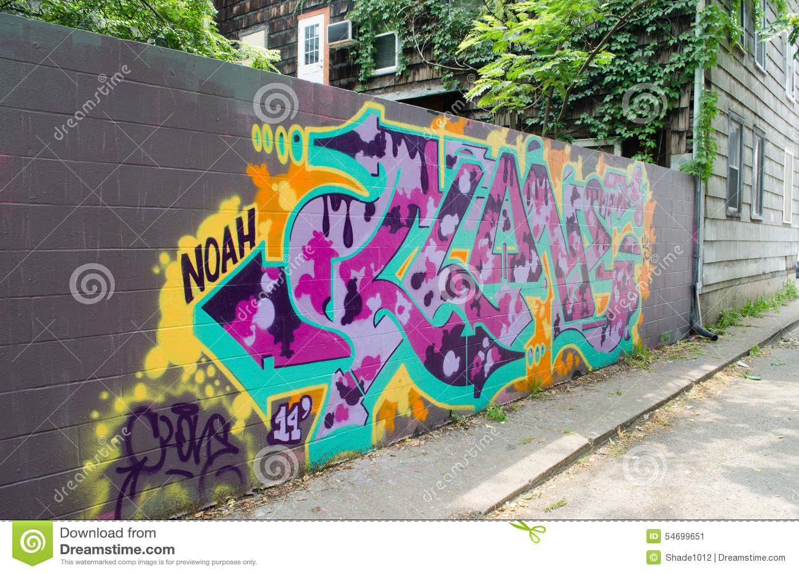 graffiti auf betonmauer redaktionelles foto bild von deco 54699651. Black Bedroom Furniture Sets. Home Design Ideas