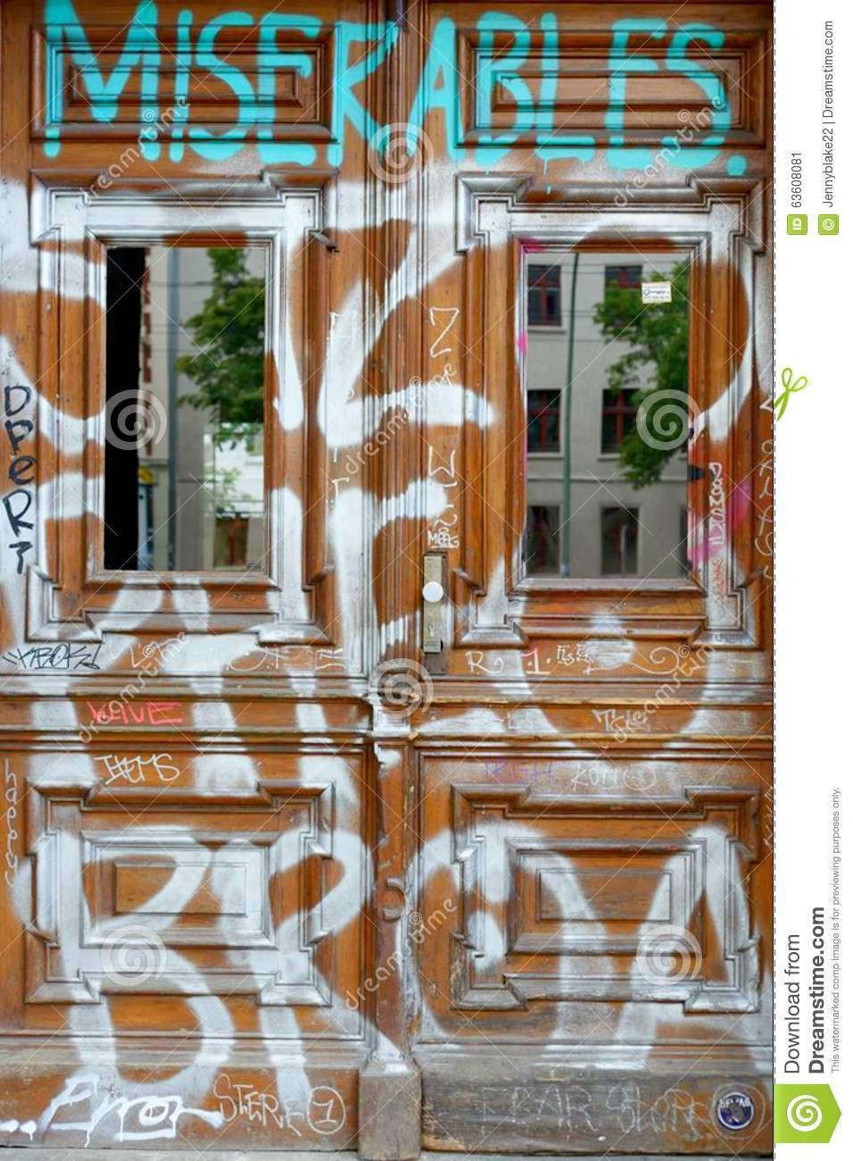graffiti in berlin redaktionelles foto bild von kunst 63608081. Black Bedroom Furniture Sets. Home Design Ideas