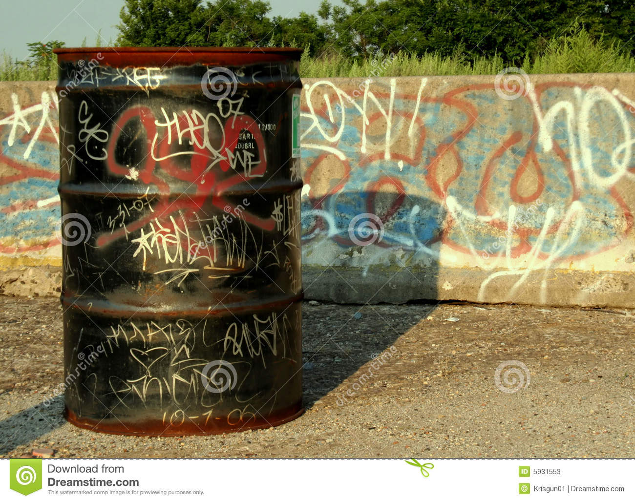 Graffiti Drum Stock Photos Image 5931553