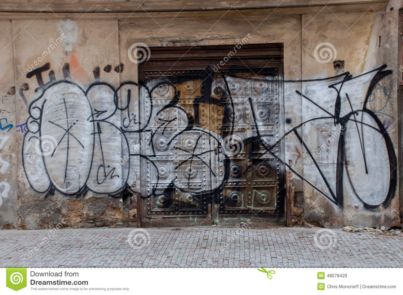 Graffiti wall editorial stock image image 48078429 for Door z prague