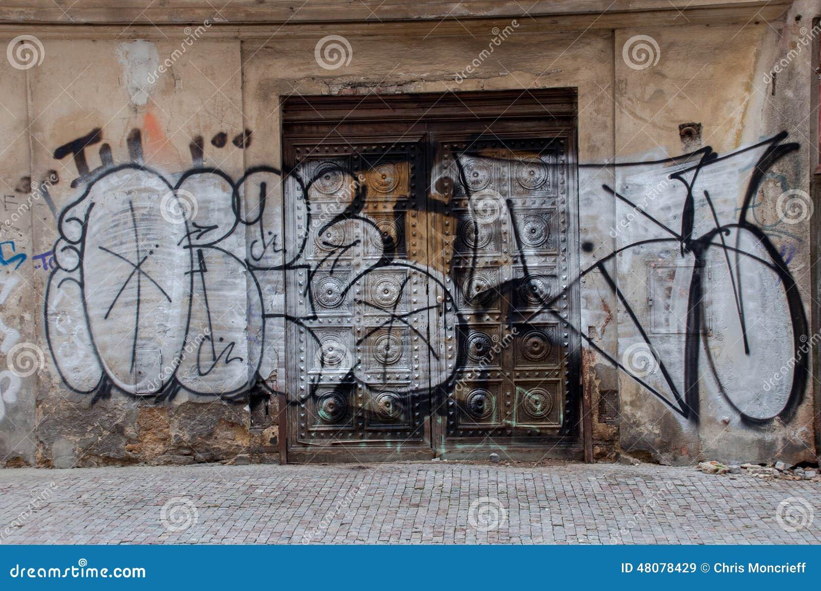 Graffiti wall editorial stock image image 48078429 for Door z prague