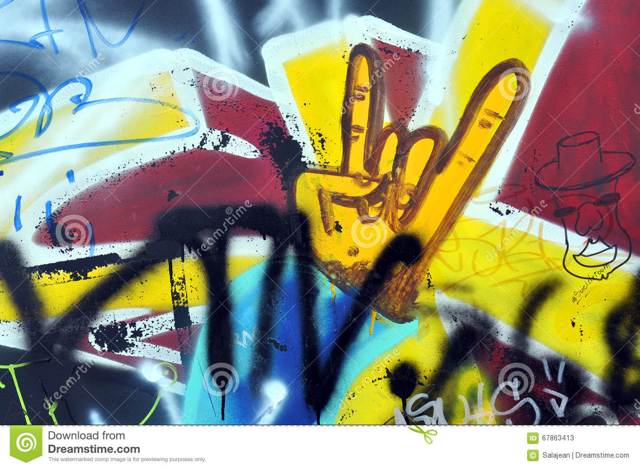 Graffiti On The Wall In The Skate Park Editorial Stock Photo - Image ...