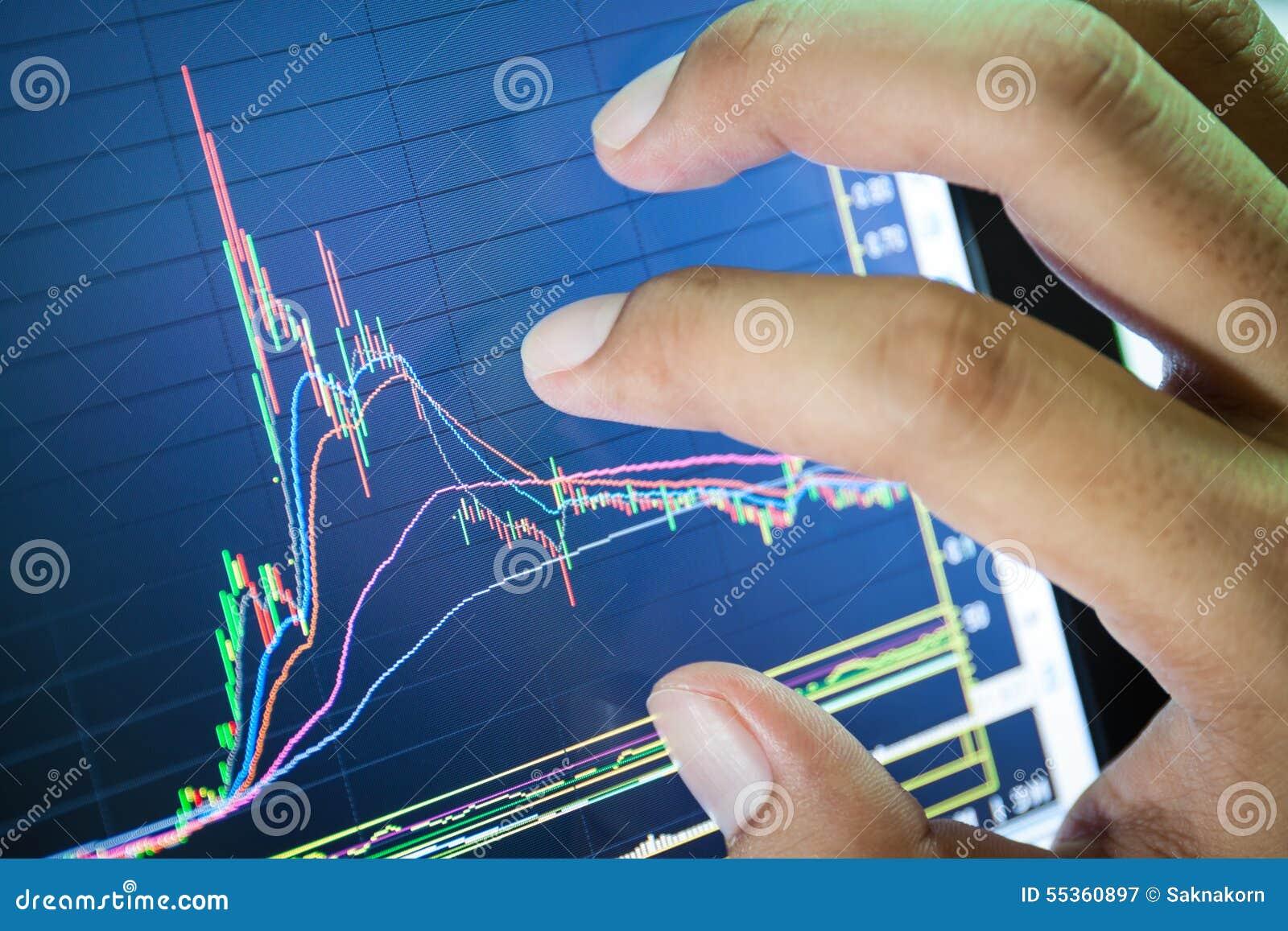 Grafico del mercato azionario e dell uomo d affari