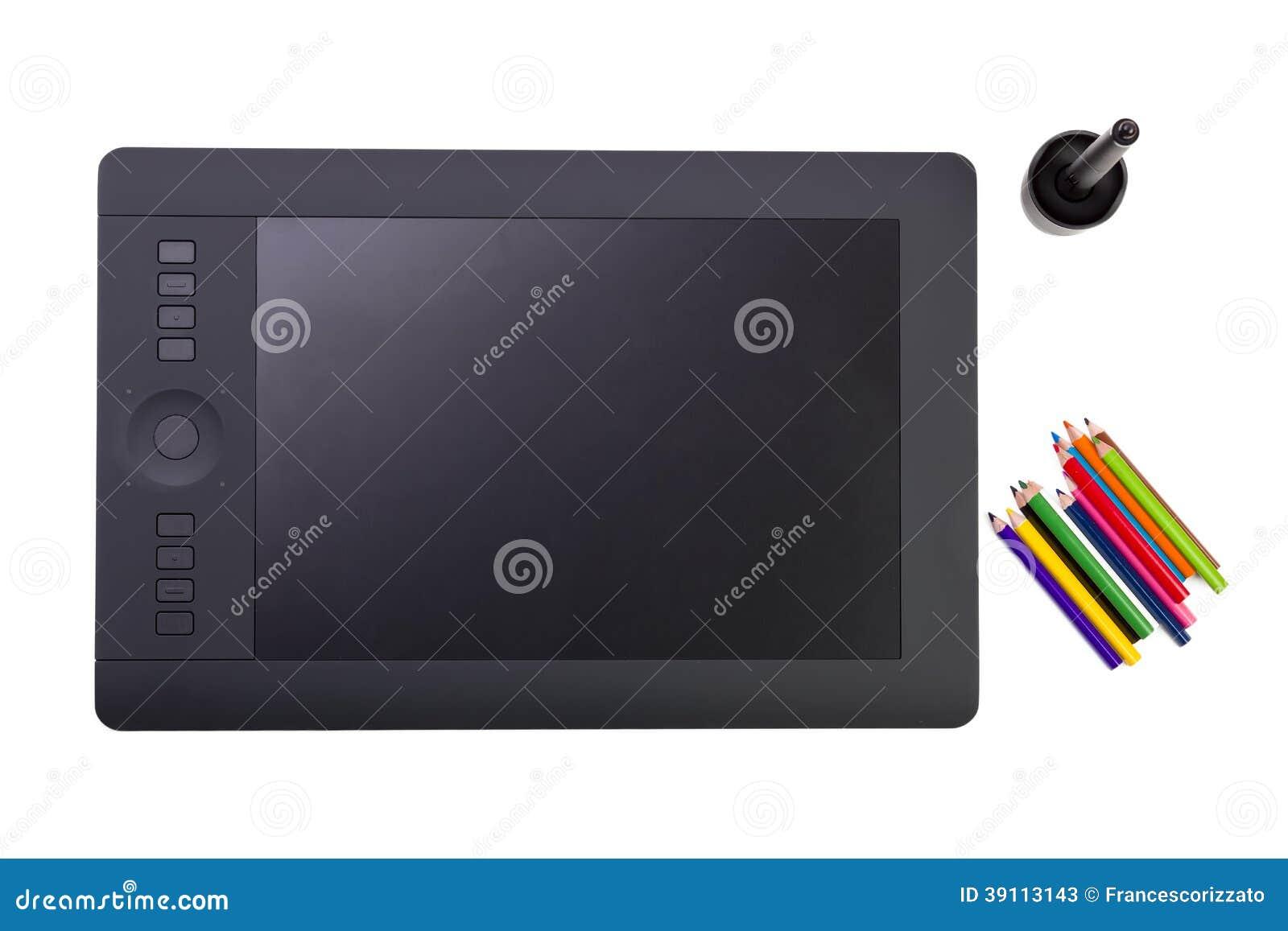 Grafische Tablet en Kleurrijke Potloden op Witte Achtergrond