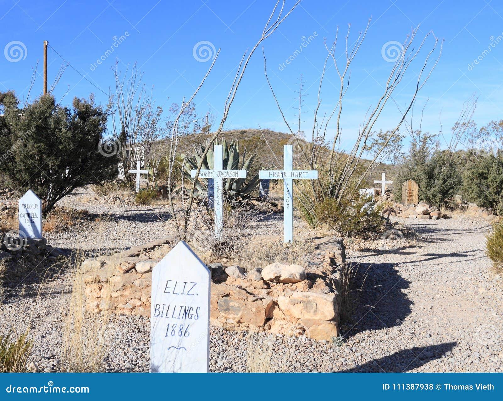 Grafsteen, Arizona: Oud het Westen/Laarsheuvelkerkhof - Graf met Twee Kruisen