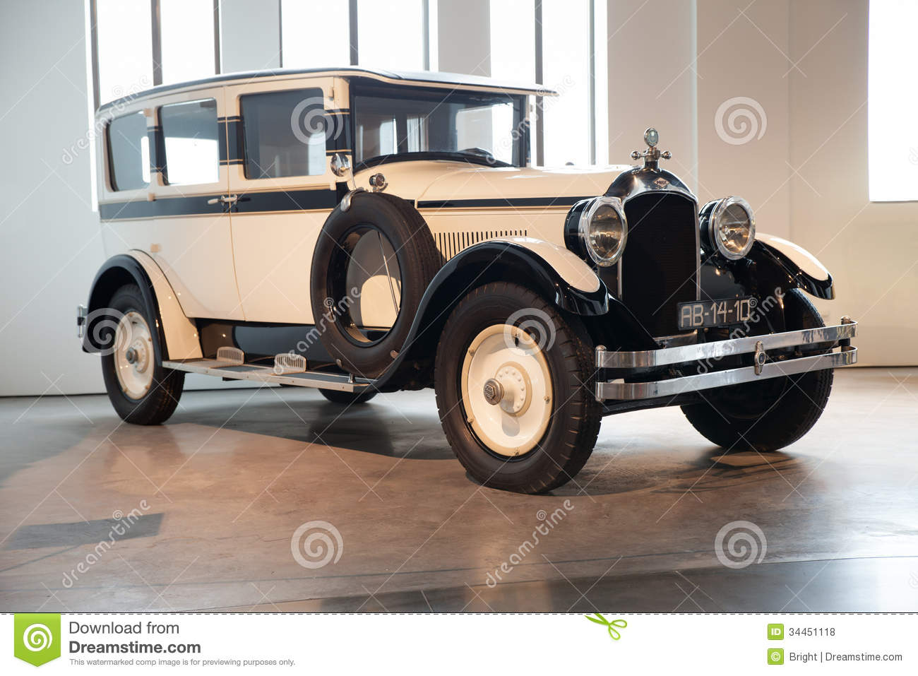 GrahamPaige Cavalier Editorial Stock Photo Image - Classic car museums in usa