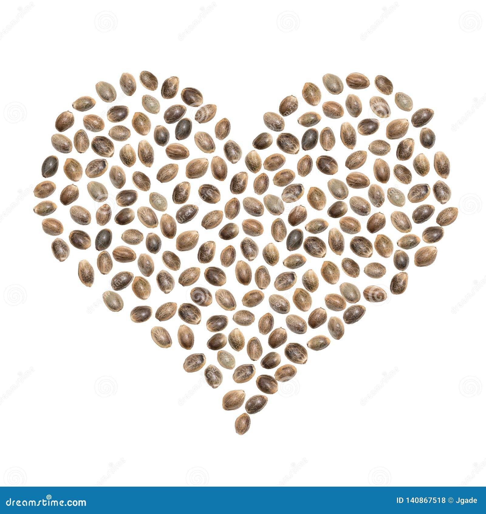 Graines de chanvre dans la forme de coeur