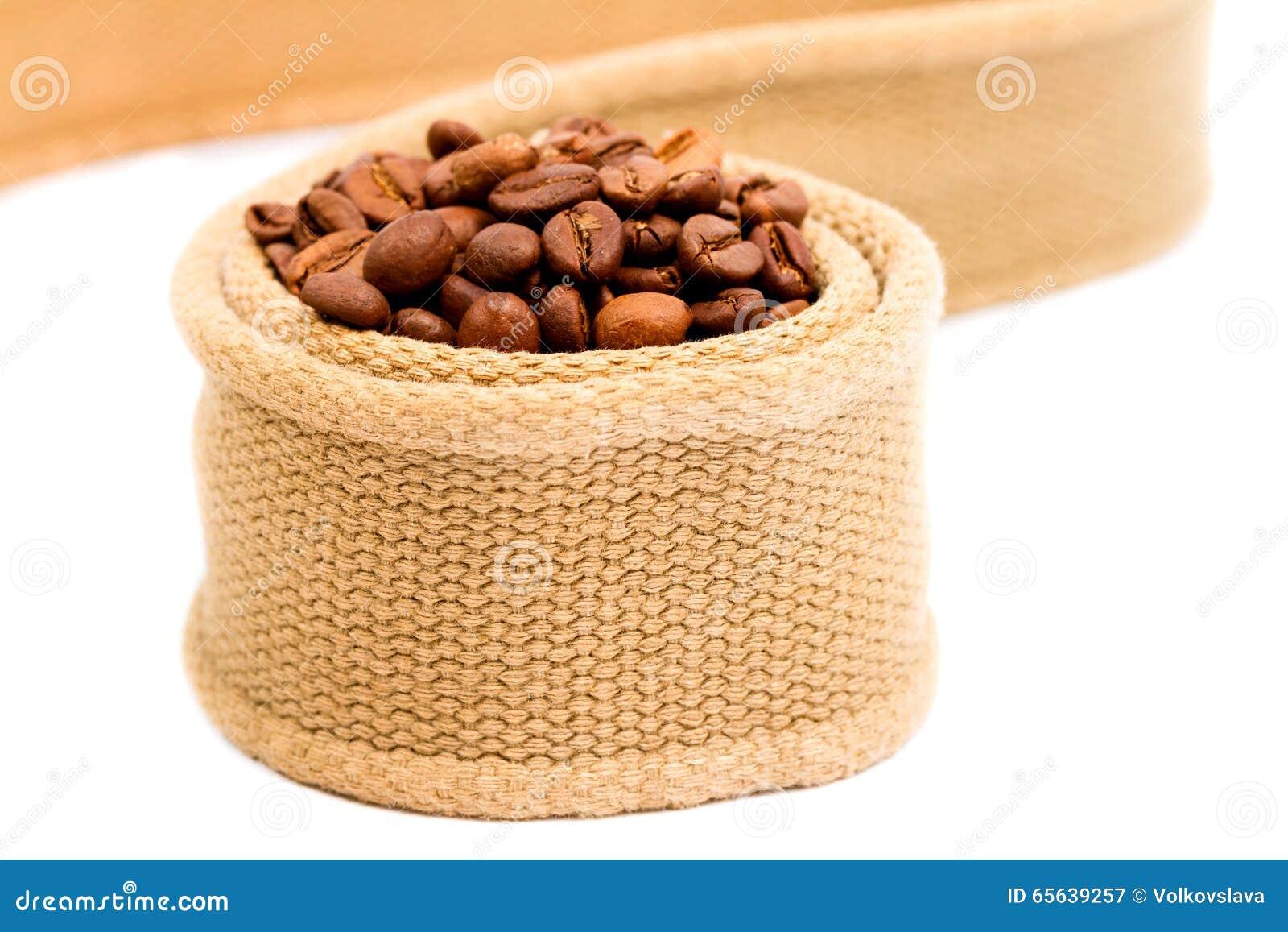 Grains de café enveloppés en textile