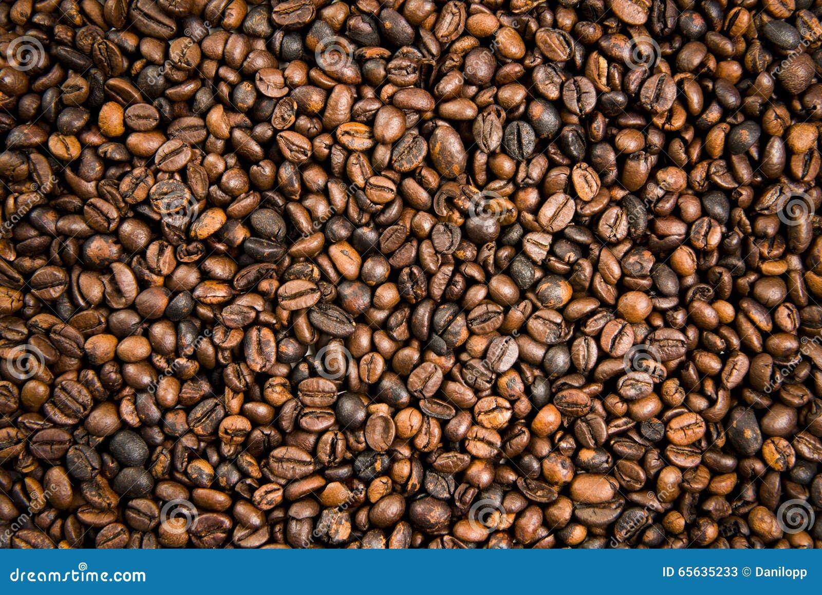 Grains de café rôtis