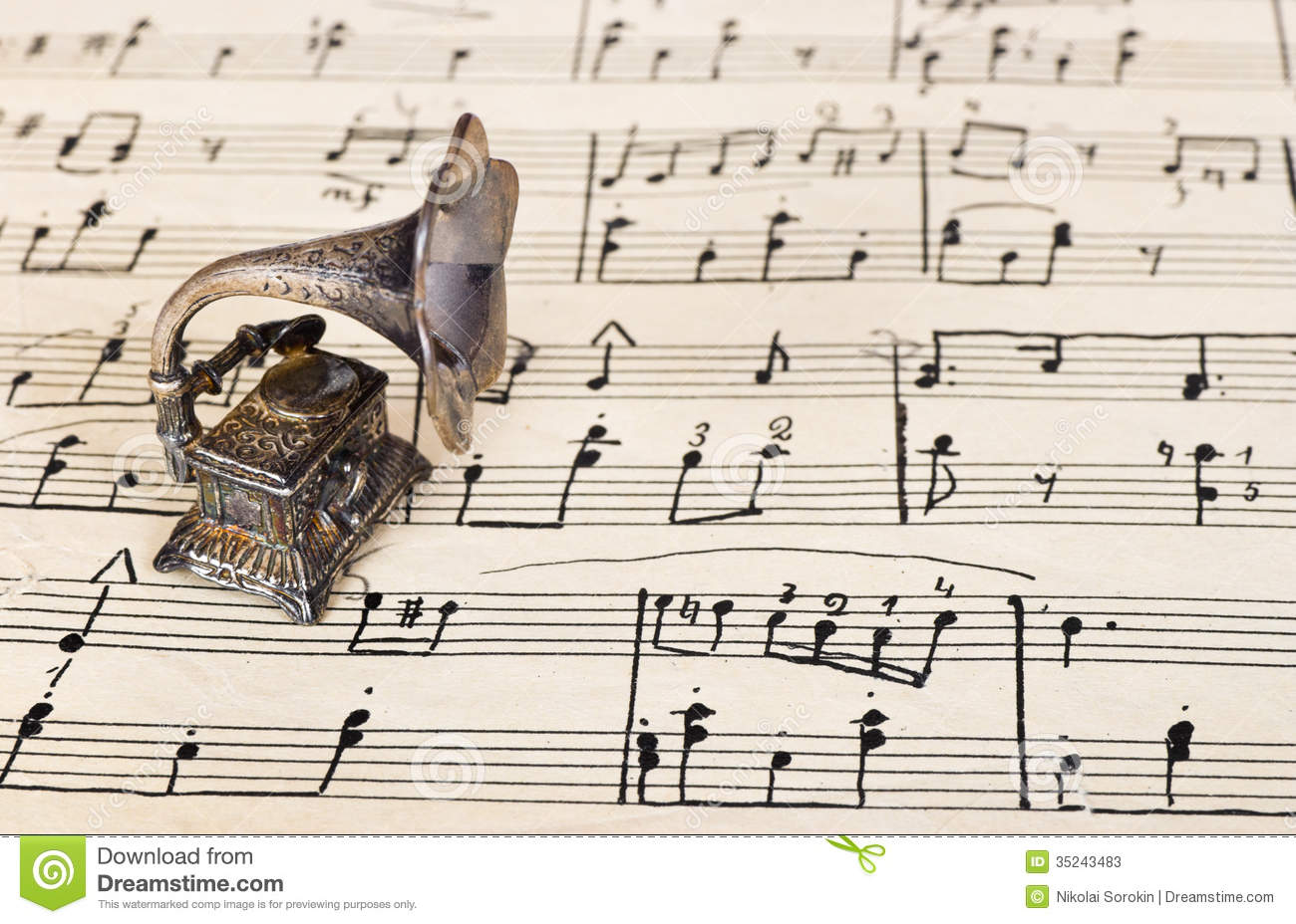 Vintage Music Note Wallpapers For Android Harmony: Gramophone On Old Sheet Music Stock Photos