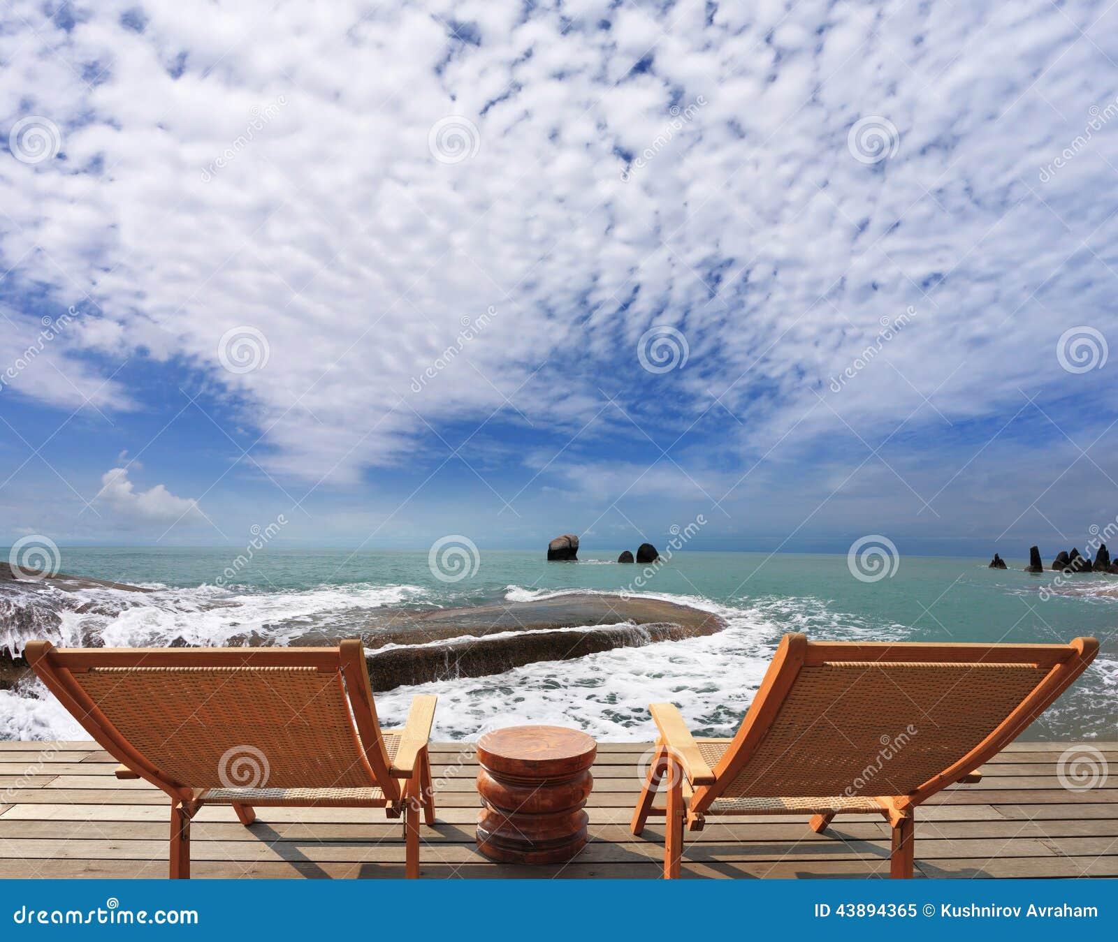 Gran comentario para una piscina frente al mar de lujo foto de archivo imagen 43894365 - Business plan piscina ...