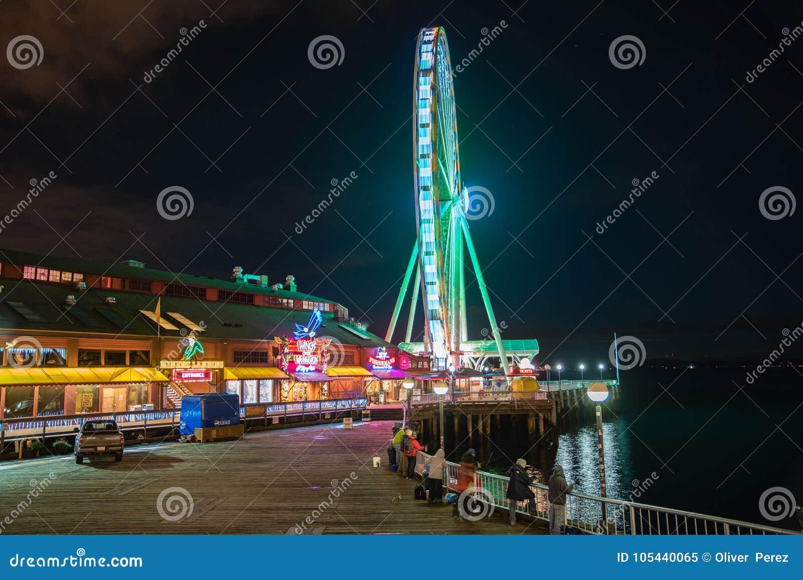 Gran rueda de Seattle en la noche