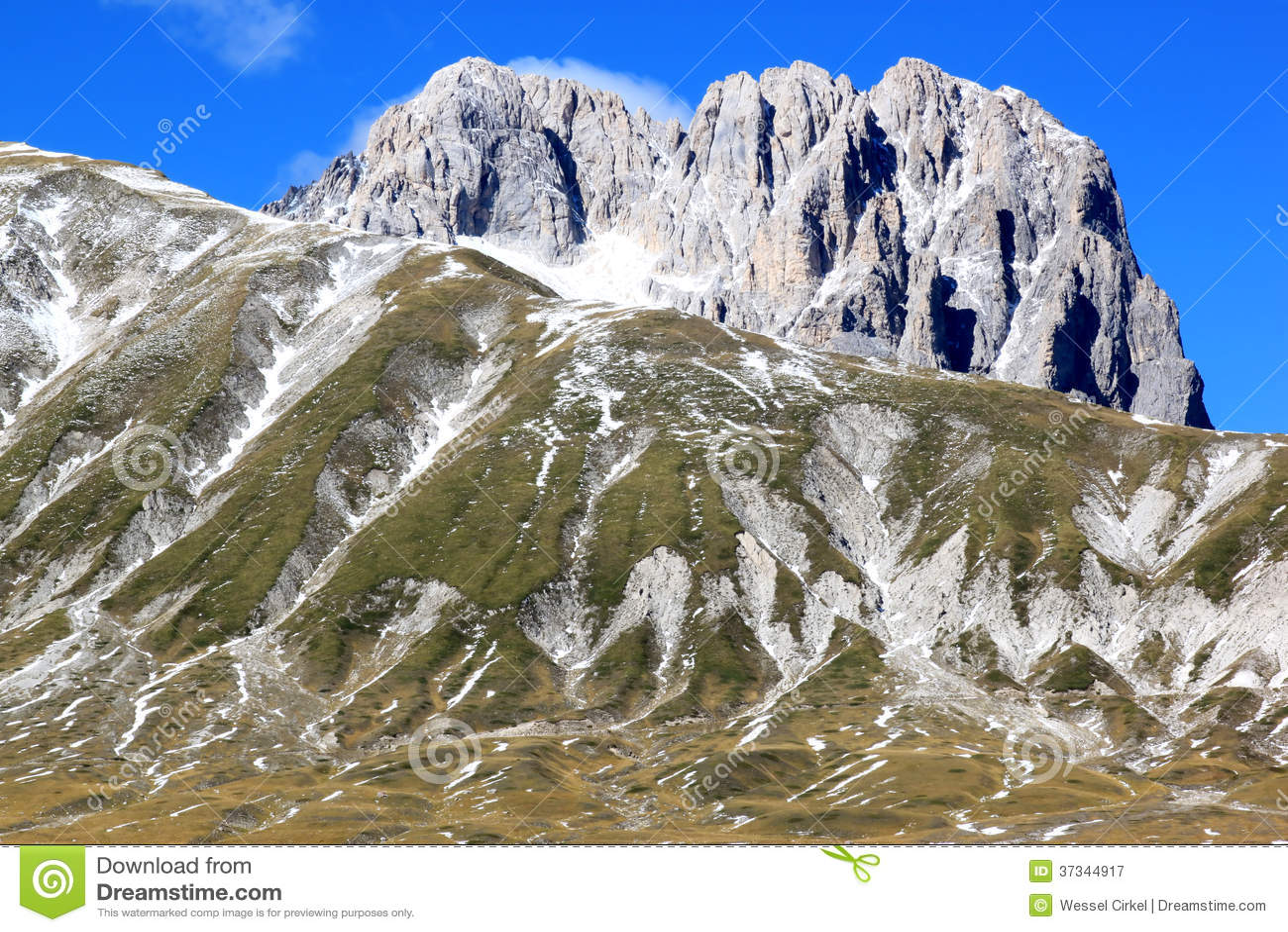 Gran Sasso berg i Apenninesen, Italien