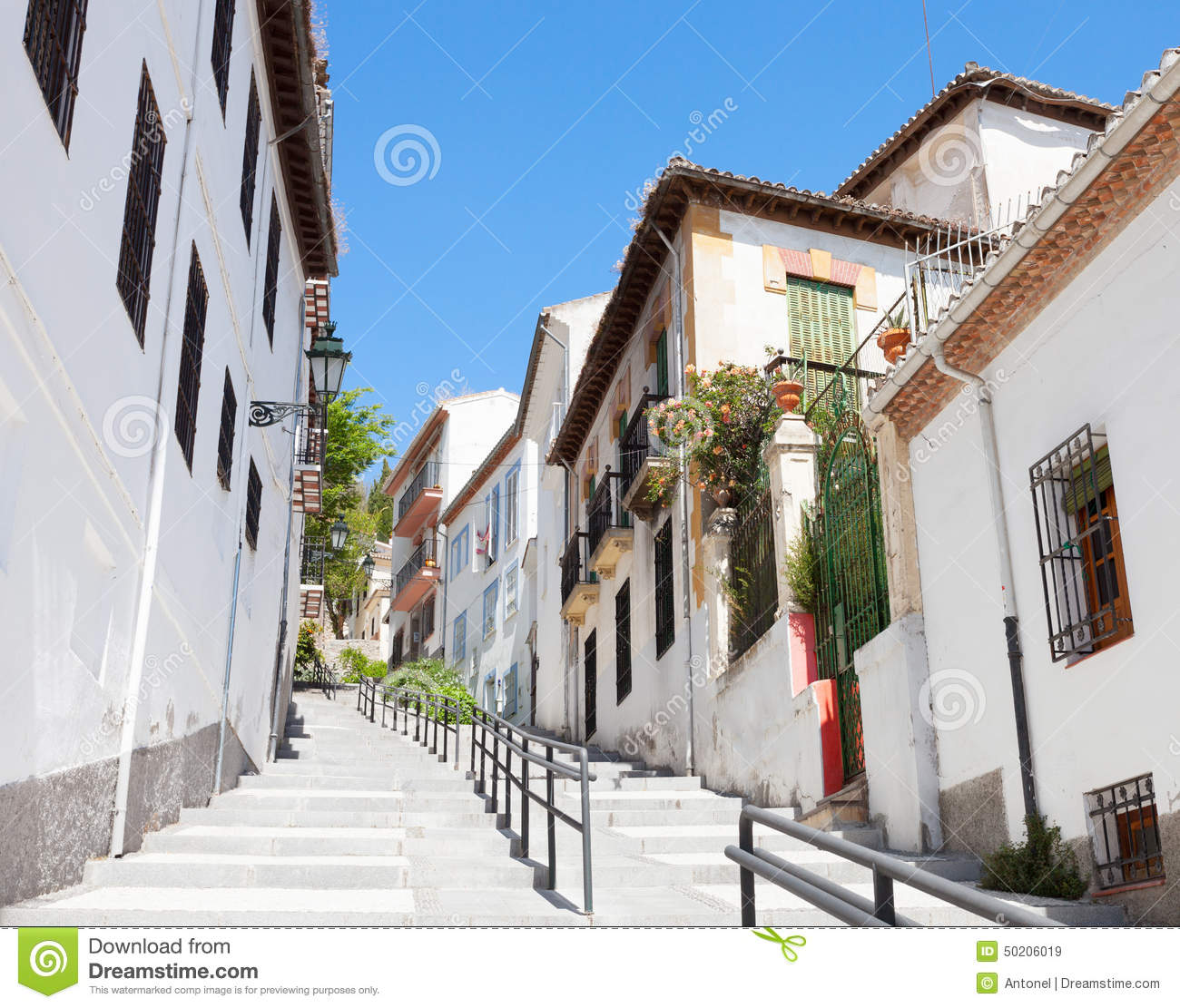 Granada spain stock photo image 50206019 for Old traditional houses