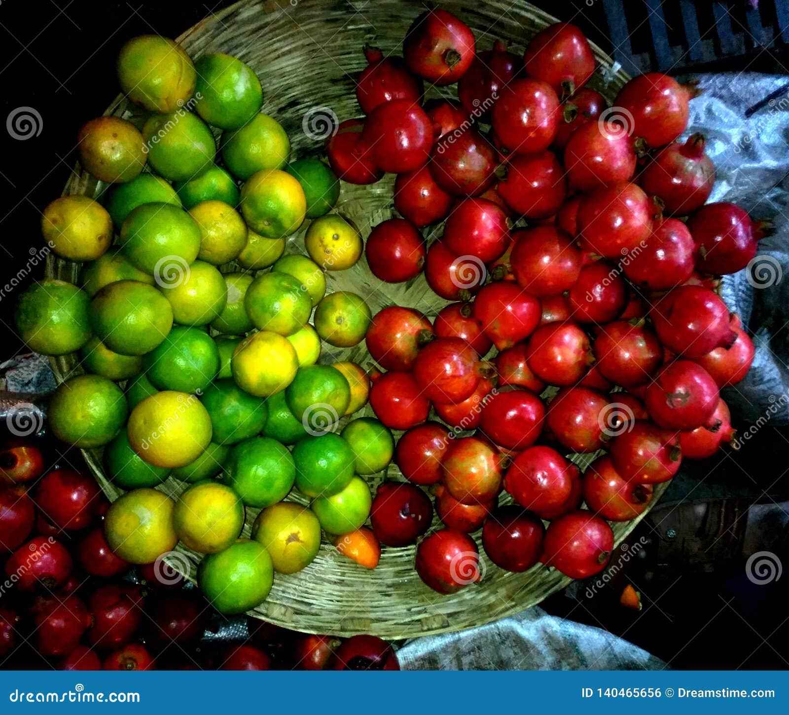 Granatapfel mousambi, Frischmarkt-Früchte